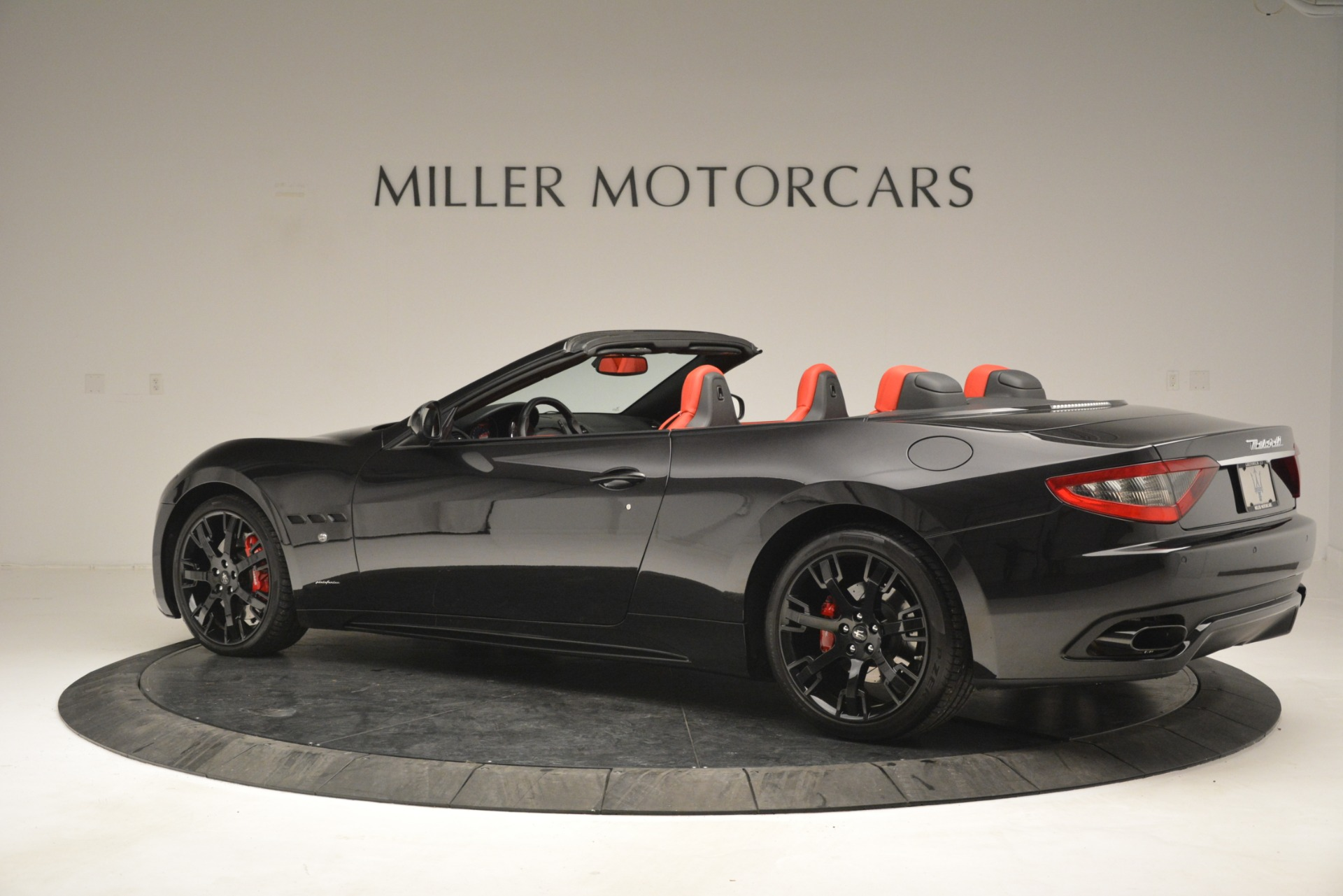 Used 2015 Maserati GranTurismo Sport For Sale In Greenwich, CT. Alfa Romeo of Greenwich, 7490 2963_p4