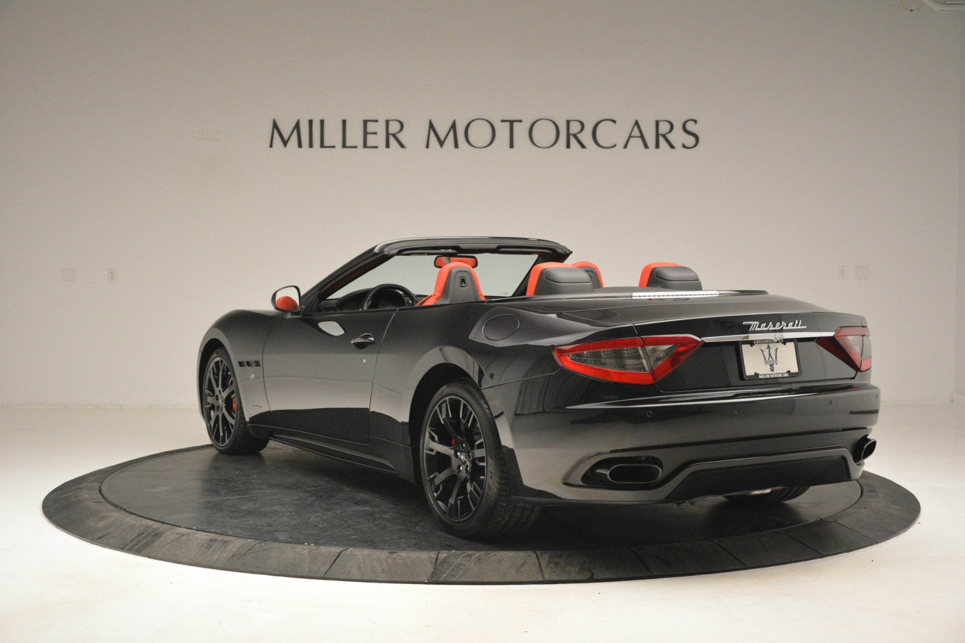 Used 2015 Maserati GranTurismo Sport For Sale In Greenwich, CT. Alfa Romeo of Greenwich, 7490 2963_p5