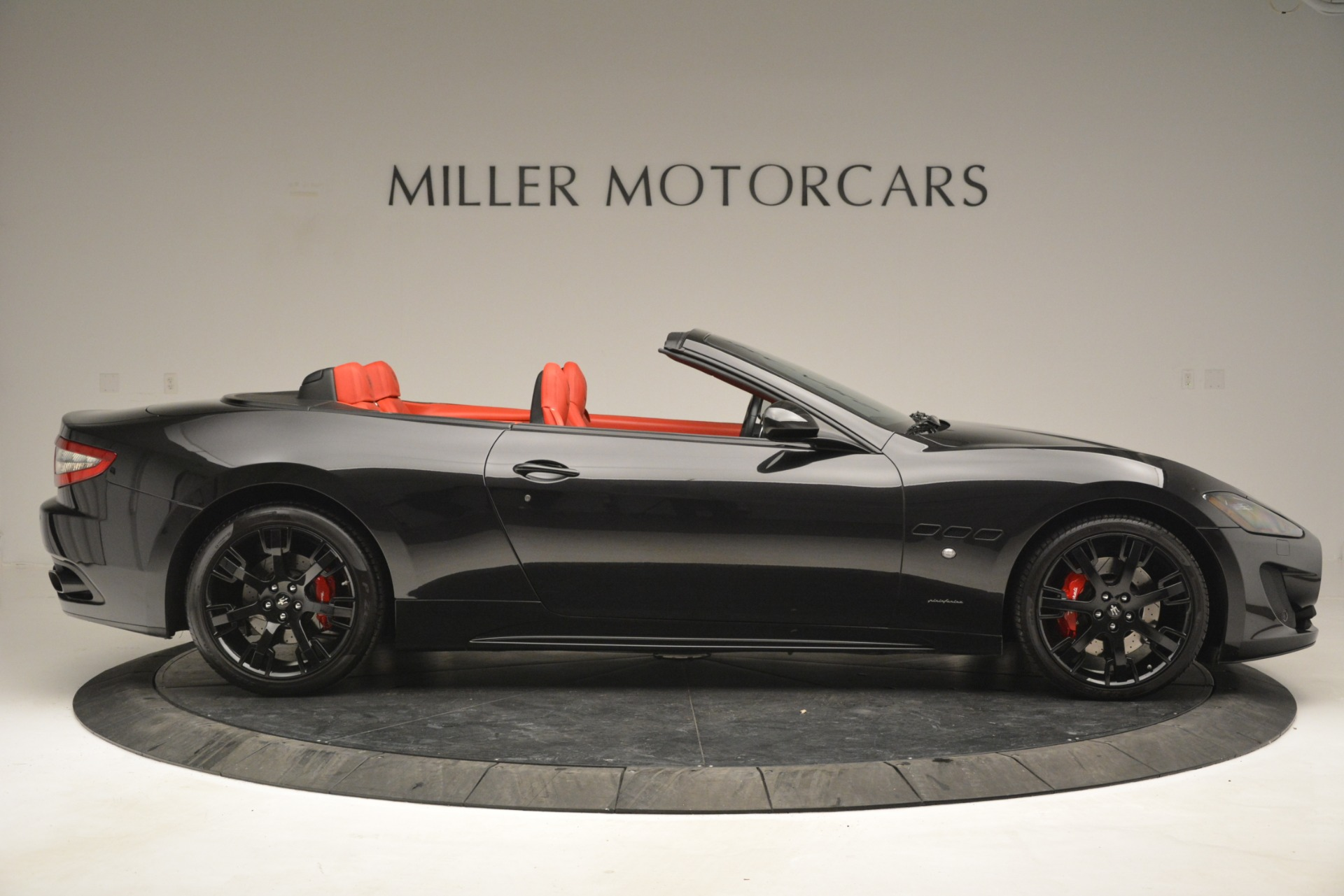 Used 2015 Maserati GranTurismo Sport For Sale In Greenwich, CT. Alfa Romeo of Greenwich, 7490 2963_p9