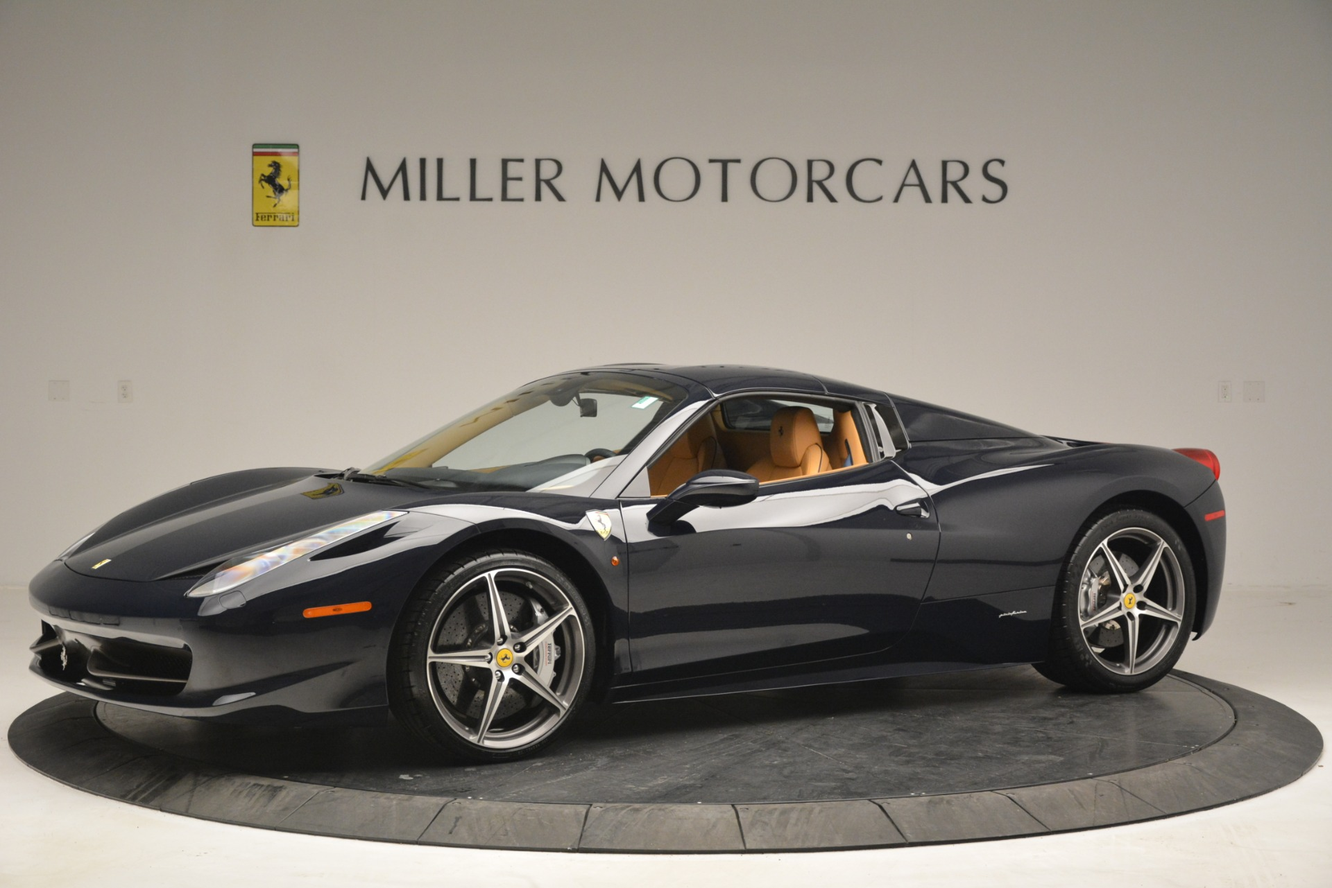 Used 2014 Ferrari 458 Spider  For Sale In Greenwich, CT. Alfa Romeo of Greenwich, 4513 2964_p14
