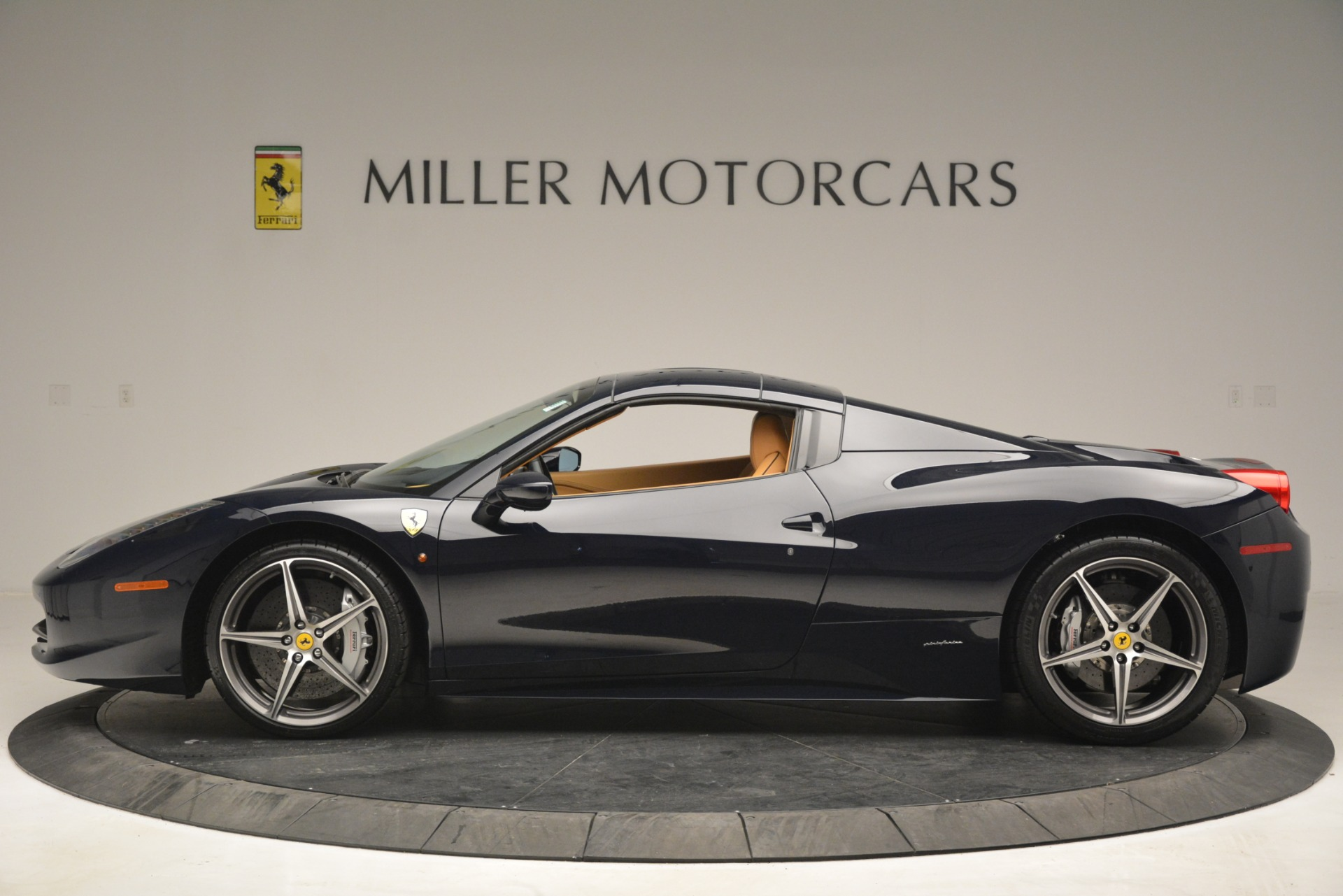 Used 2014 Ferrari 458 Spider  For Sale In Greenwich, CT. Alfa Romeo of Greenwich, 4513 2964_p15