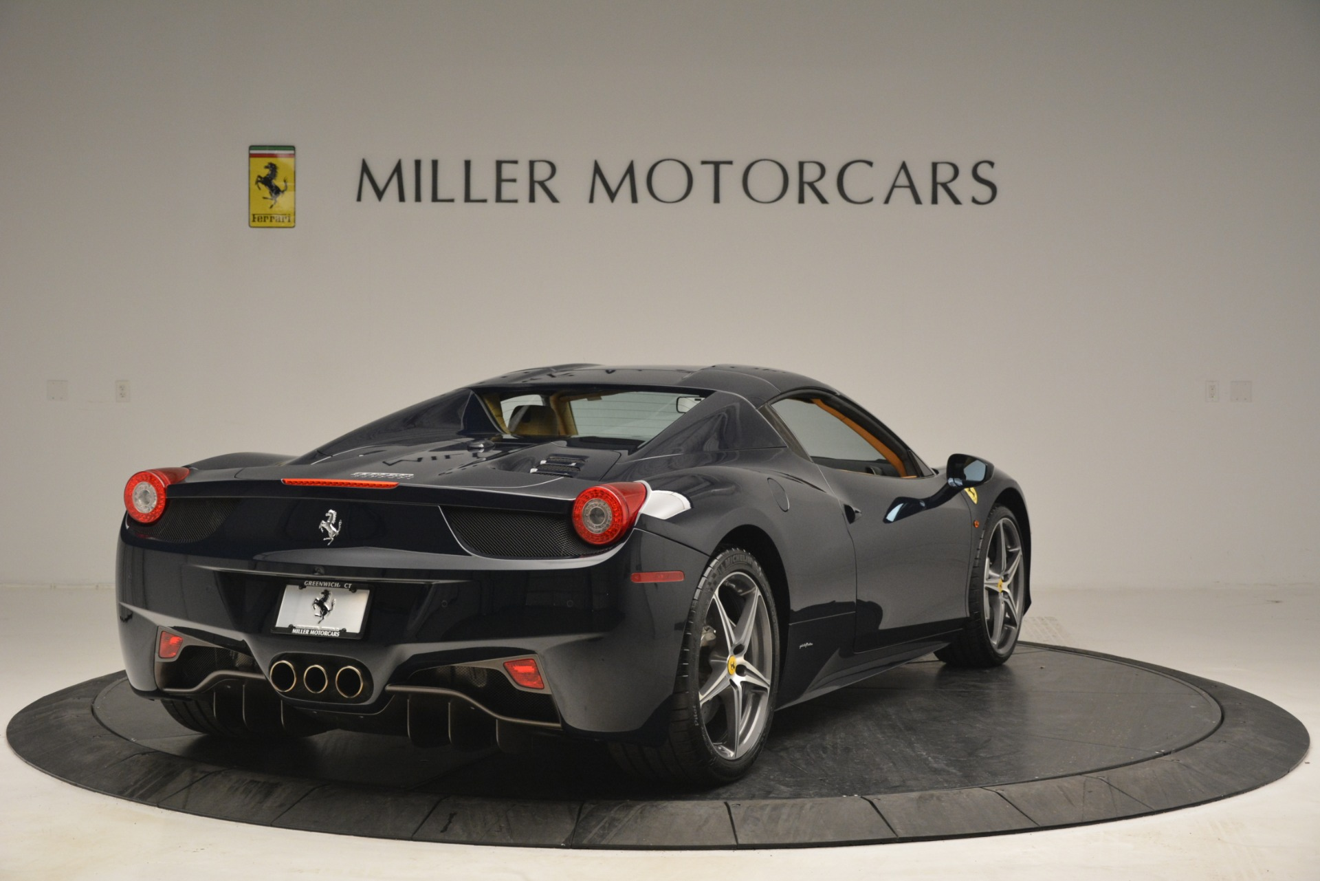 Used 2014 Ferrari 458 Spider  For Sale In Greenwich, CT. Alfa Romeo of Greenwich, 4513 2964_p19