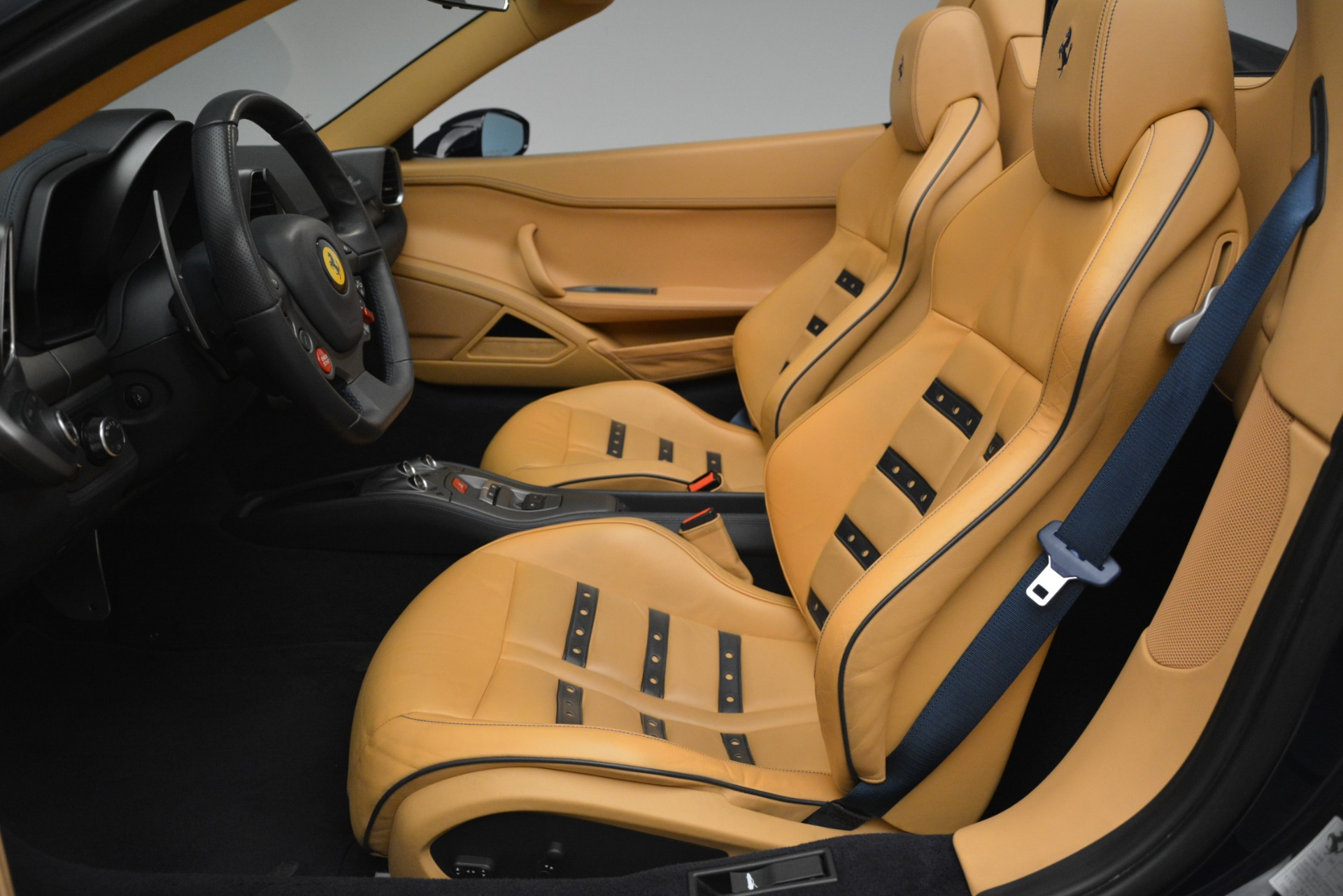 Used 2014 Ferrari 458 Spider  For Sale In Greenwich, CT. Alfa Romeo of Greenwich, 4513 2964_p26