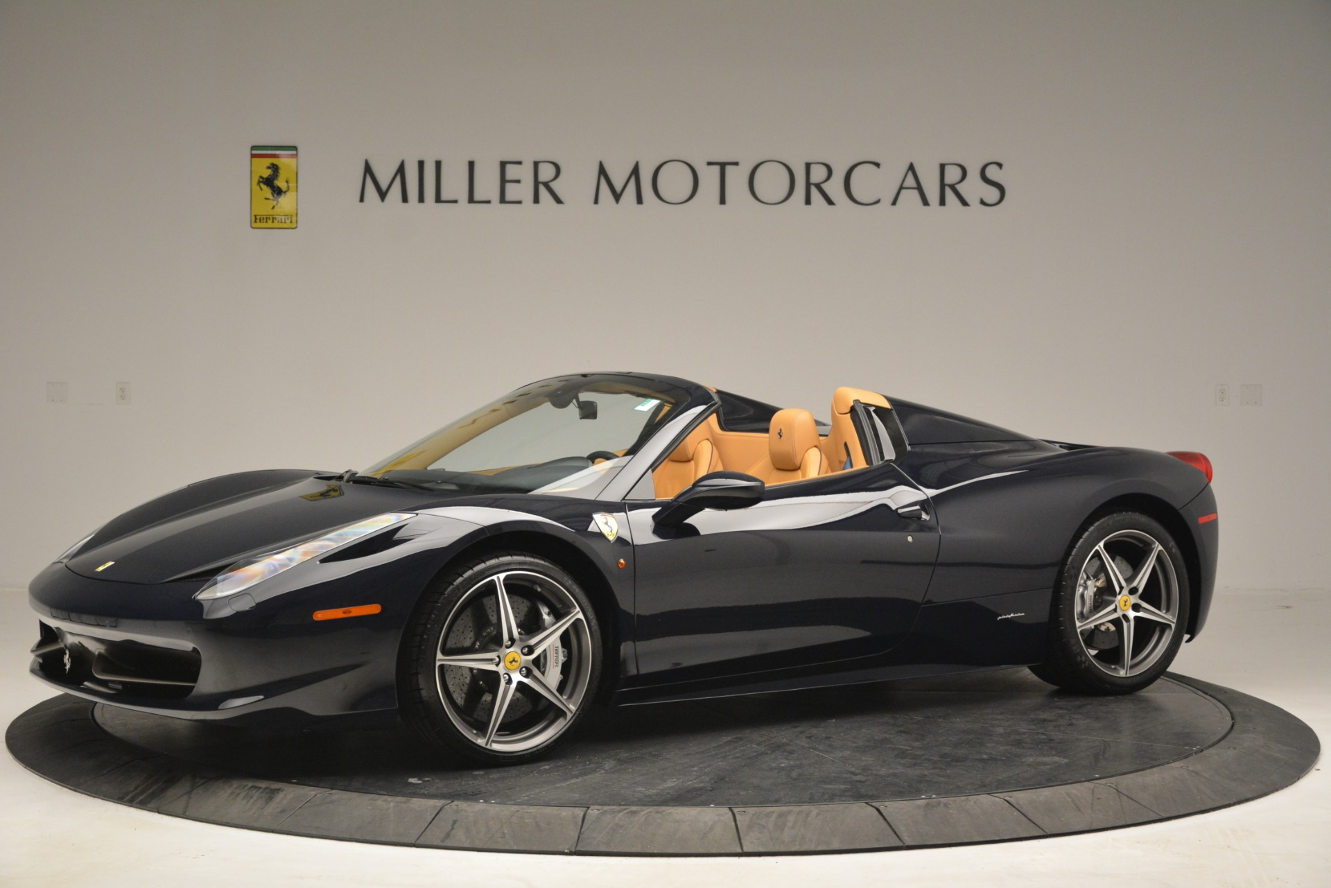 Used 2014 Ferrari 458 Spider  For Sale In Greenwich, CT. Alfa Romeo of Greenwich, 4513 2964_p2