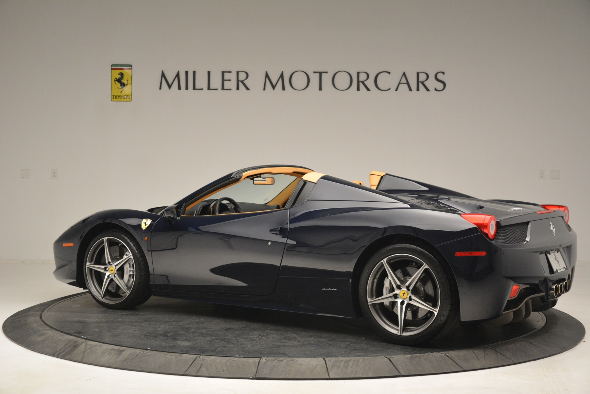 Used 2014 Ferrari 458 Spider  For Sale In Greenwich, CT. Alfa Romeo of Greenwich, 4513 2964_p4