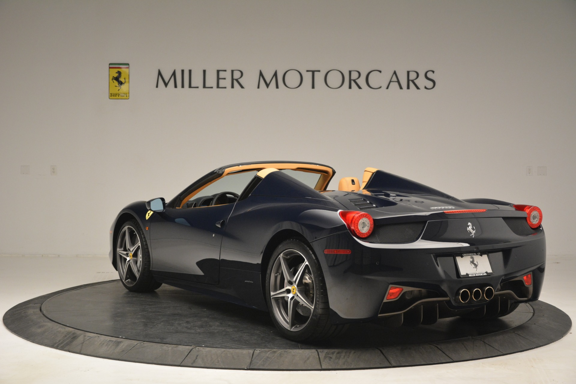 Used 2014 Ferrari 458 Spider  For Sale In Greenwich, CT. Alfa Romeo of Greenwich, 4513 2964_p5