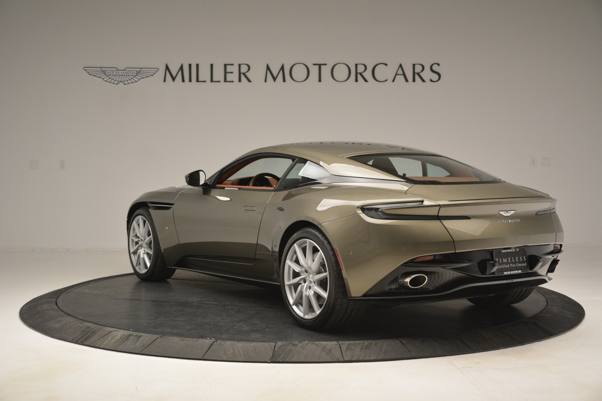 Used 2018 Aston Martin DB11 V12 Coupe For Sale In Greenwich, CT. Alfa Romeo of Greenwich, 7497 2970_p5
