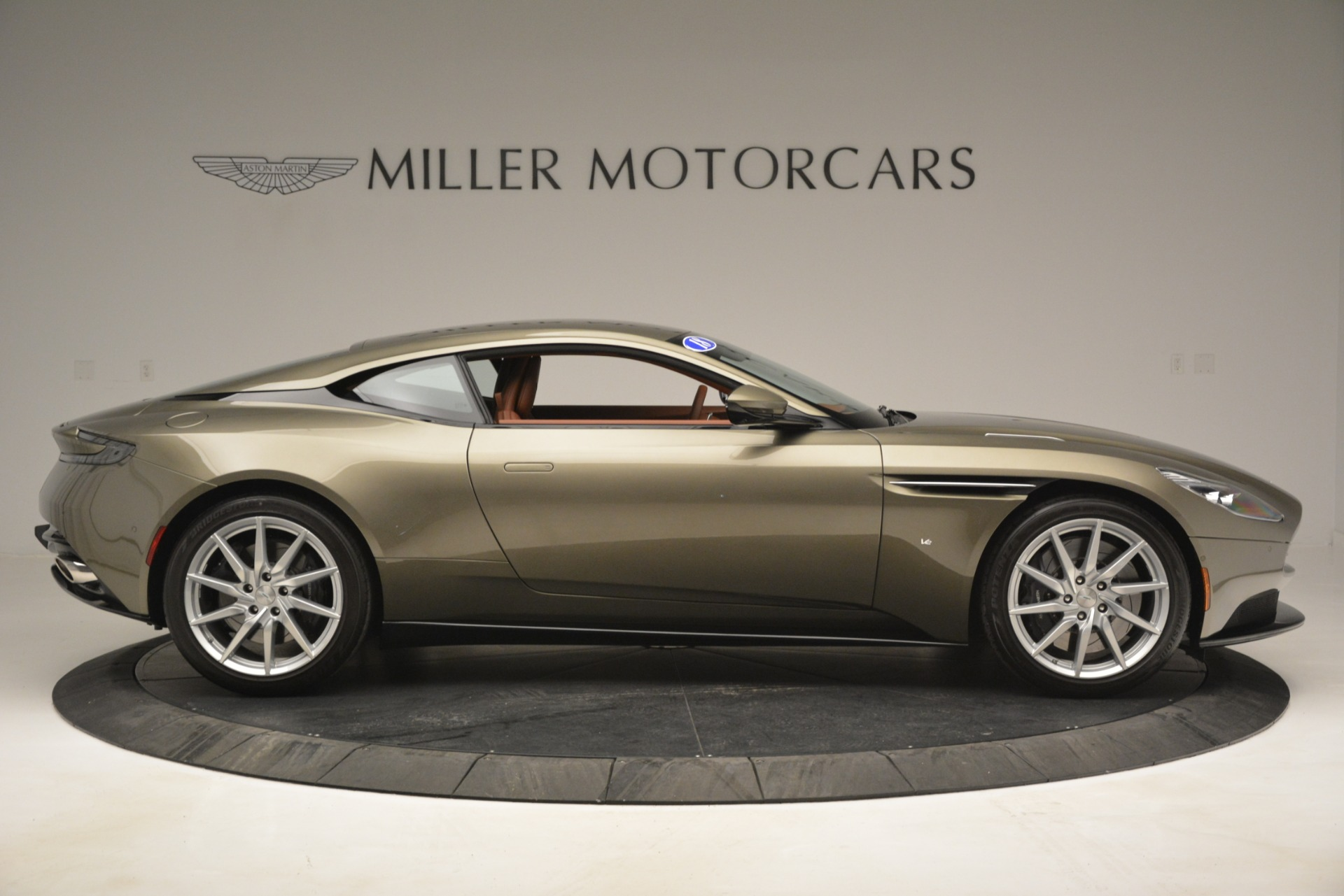 Used 2018 Aston Martin DB11 V12 Coupe For Sale In Greenwich, CT. Alfa Romeo of Greenwich, 7497 2970_p9