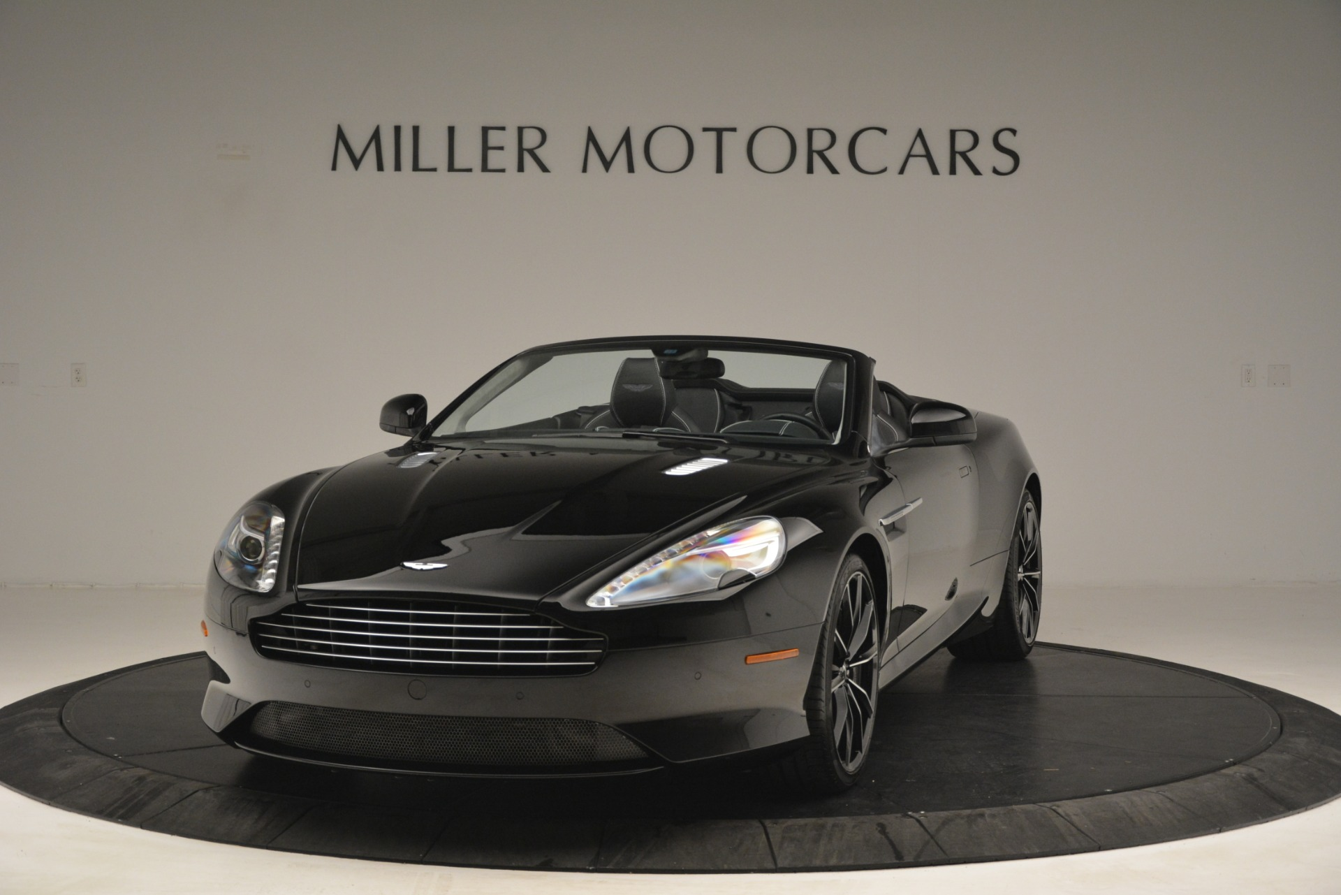 Used 2016 Aston Martin DB9 Convertible For Sale In Greenwich, CT. Alfa Romeo of Greenwich, 7495 2971_p2