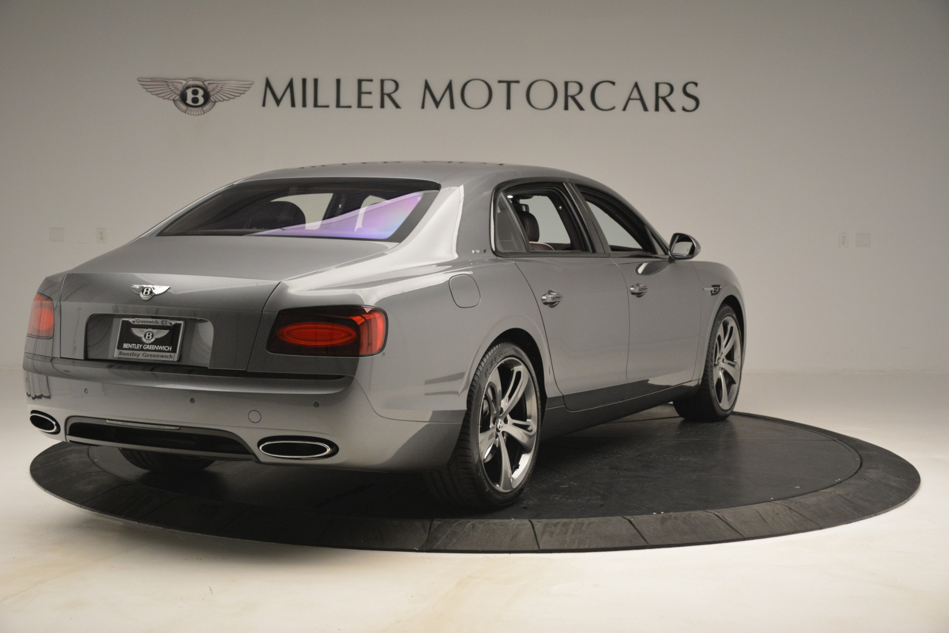Used 2018 Bentley Flying Spur W12 S For Sale In Greenwich, CT. Alfa Romeo of Greenwich, B1393 2973_p7