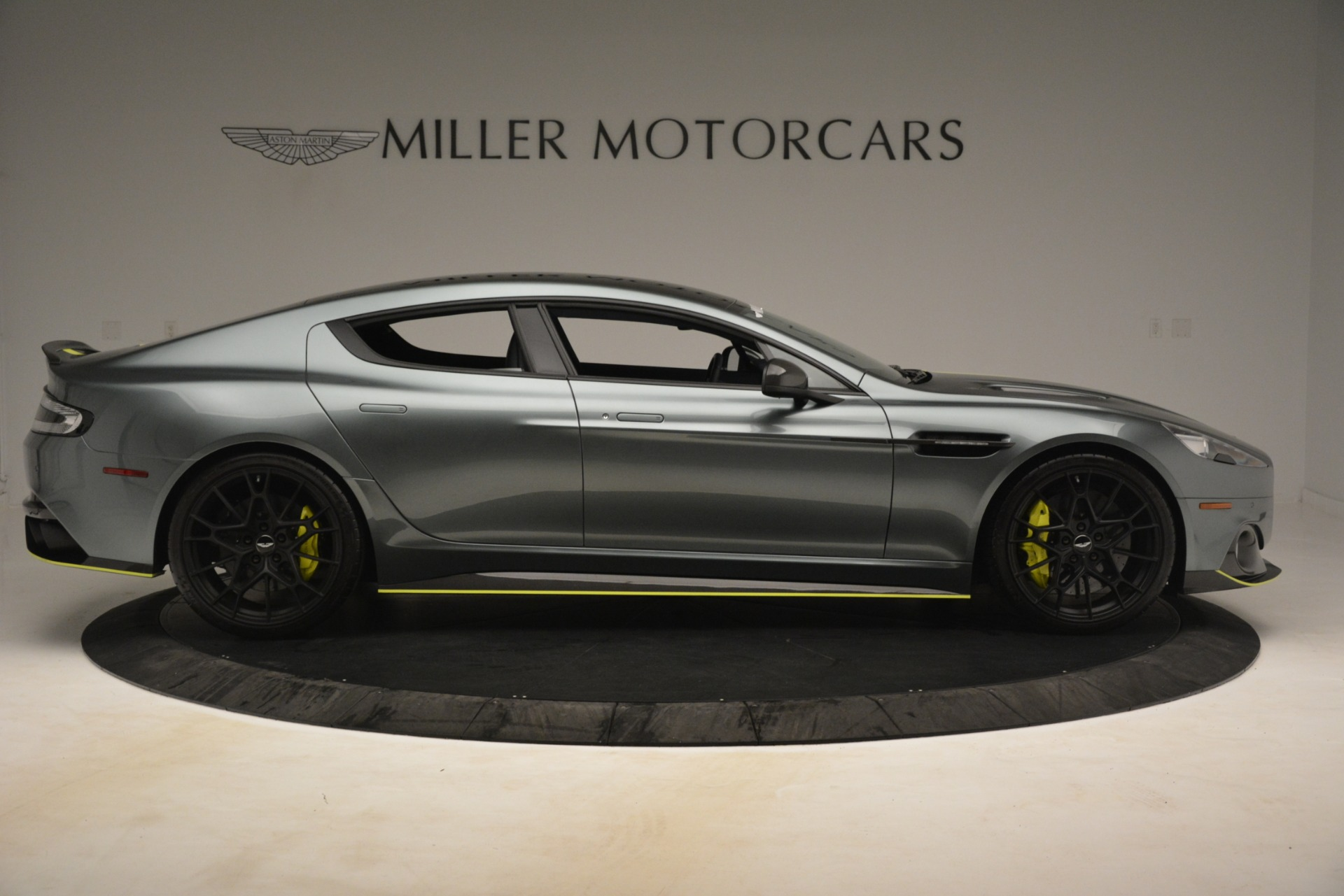 New 2019 Aston Martin Rapide AMR Sedan For Sale $282980 In Greenwich, CT 2975_p9