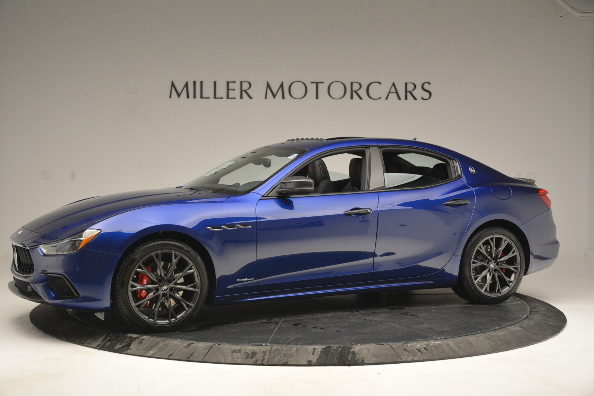 New 2019 Maserati Ghibli S Q4 GranSport For Sale In Greenwich, CT. Alfa Romeo of Greenwich, W672 2978_p2