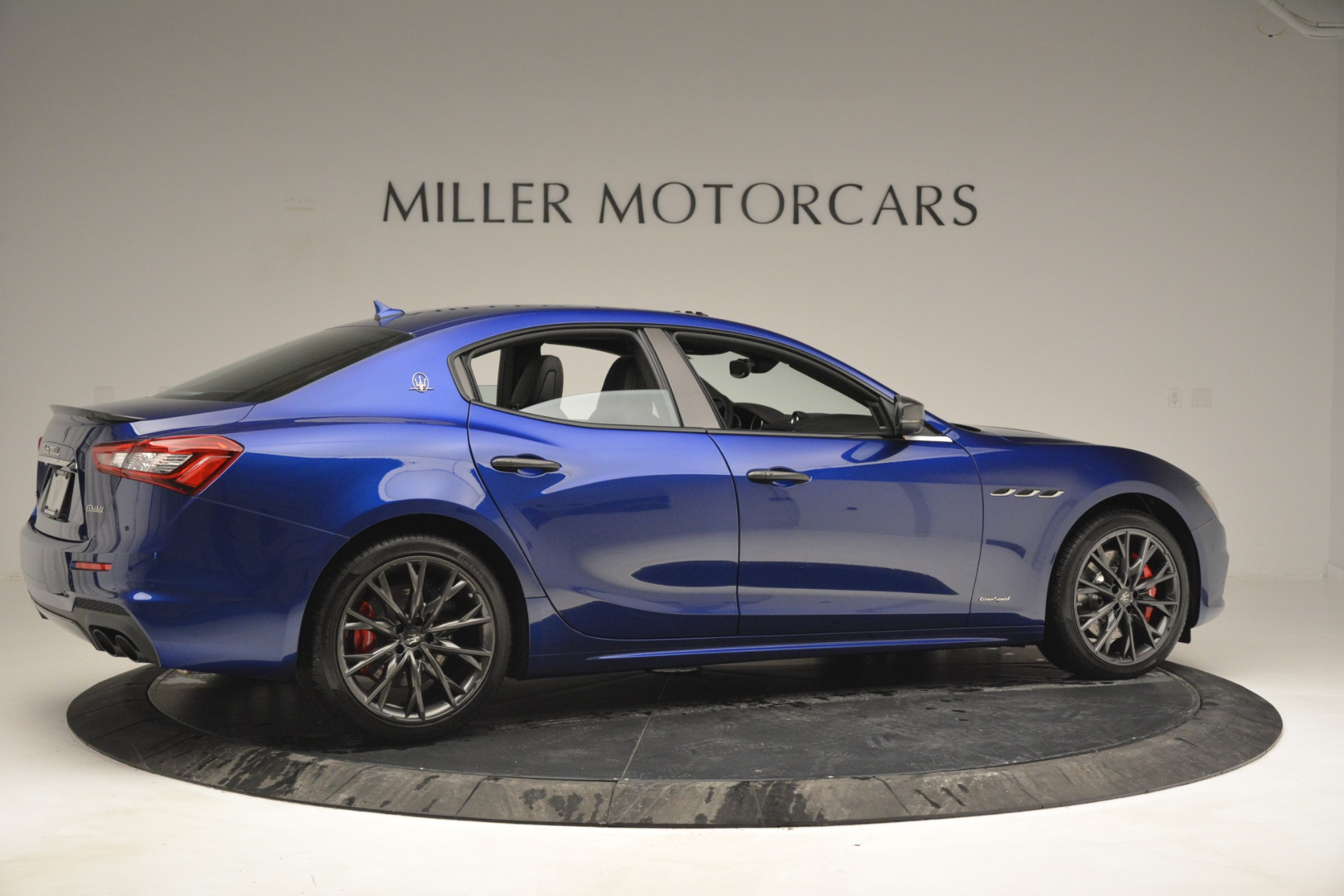 New 2019 Maserati Ghibli S Q4 GranSport For Sale In Greenwich, CT. Alfa Romeo of Greenwich, W672 2978_p8