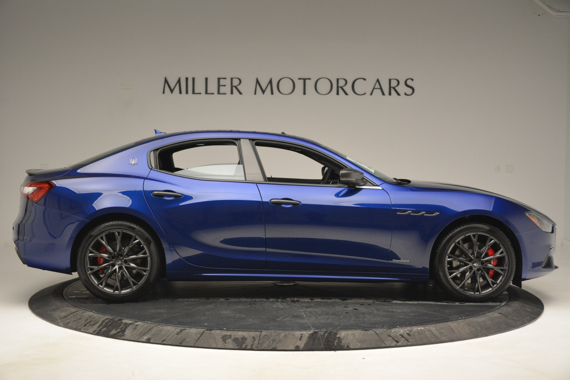 New 2019 Maserati Ghibli S Q4 GranSport For Sale In Greenwich, CT. Alfa Romeo of Greenwich, W672 2978_p9