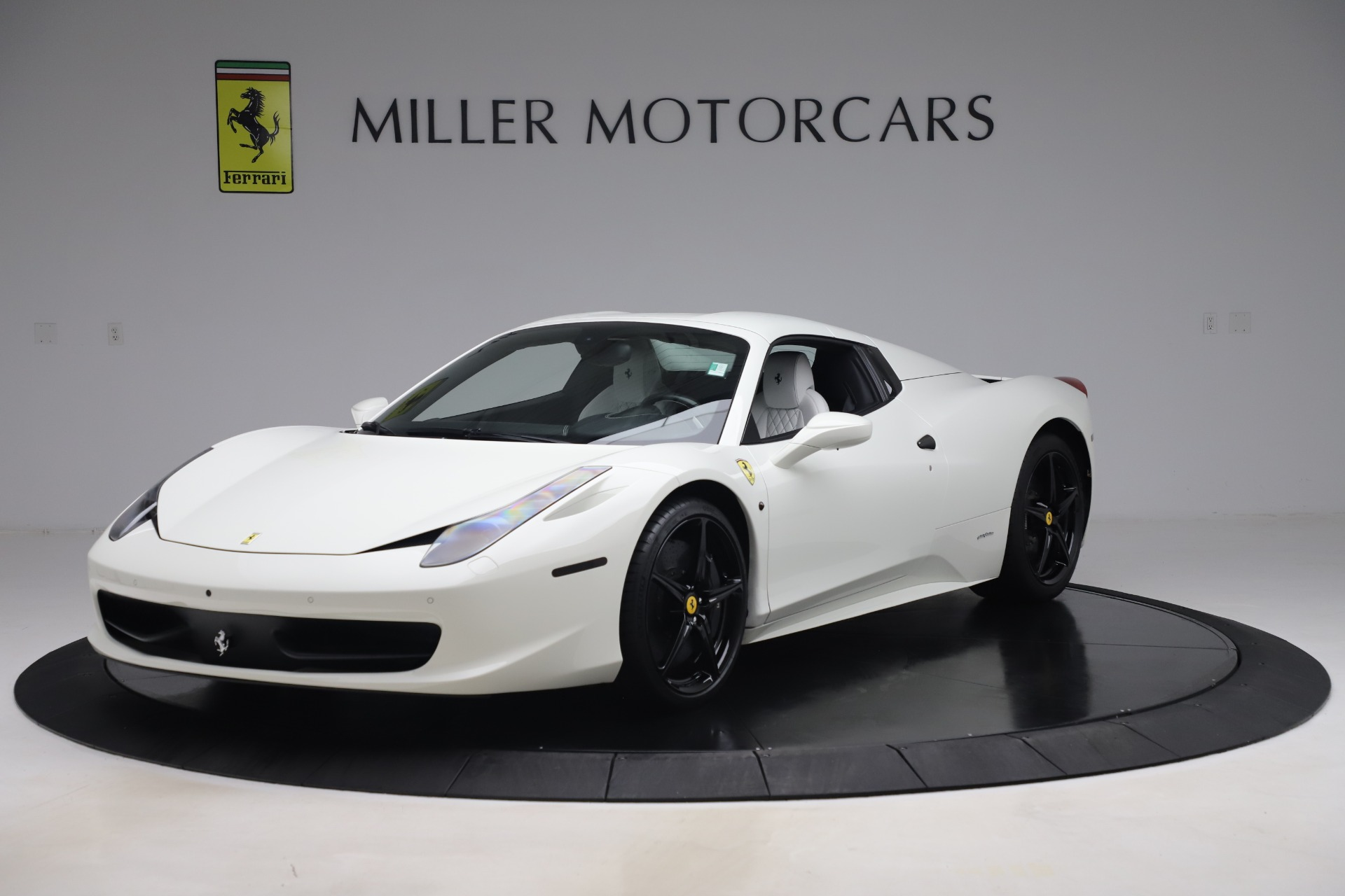 Used 2015 Ferrari 458 Spider  For Sale In Greenwich, CT. Alfa Romeo of Greenwich, 4540 2979_p13