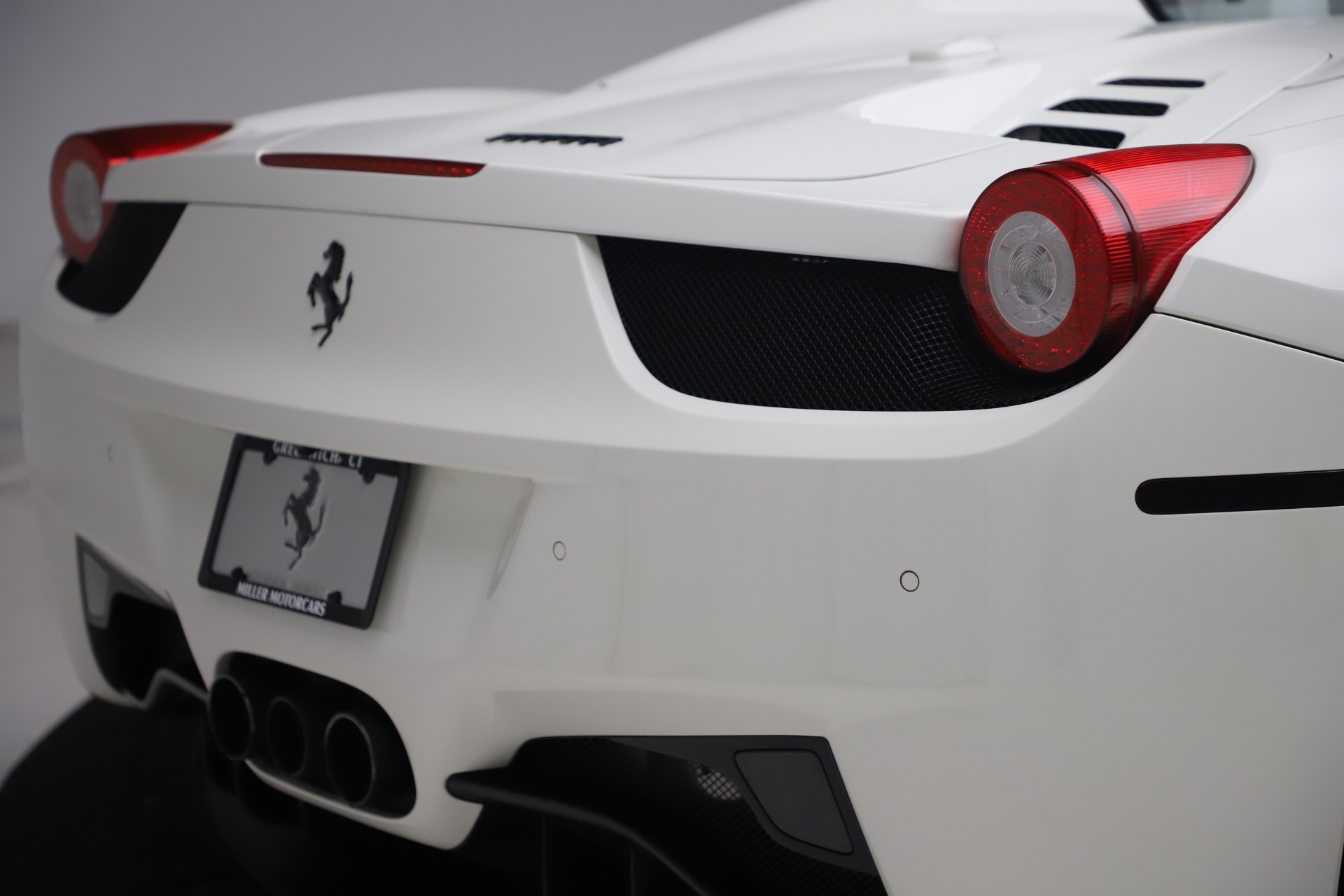 Used 2015 Ferrari 458 Spider  For Sale In Greenwich, CT. Alfa Romeo of Greenwich, 4540 2979_p32