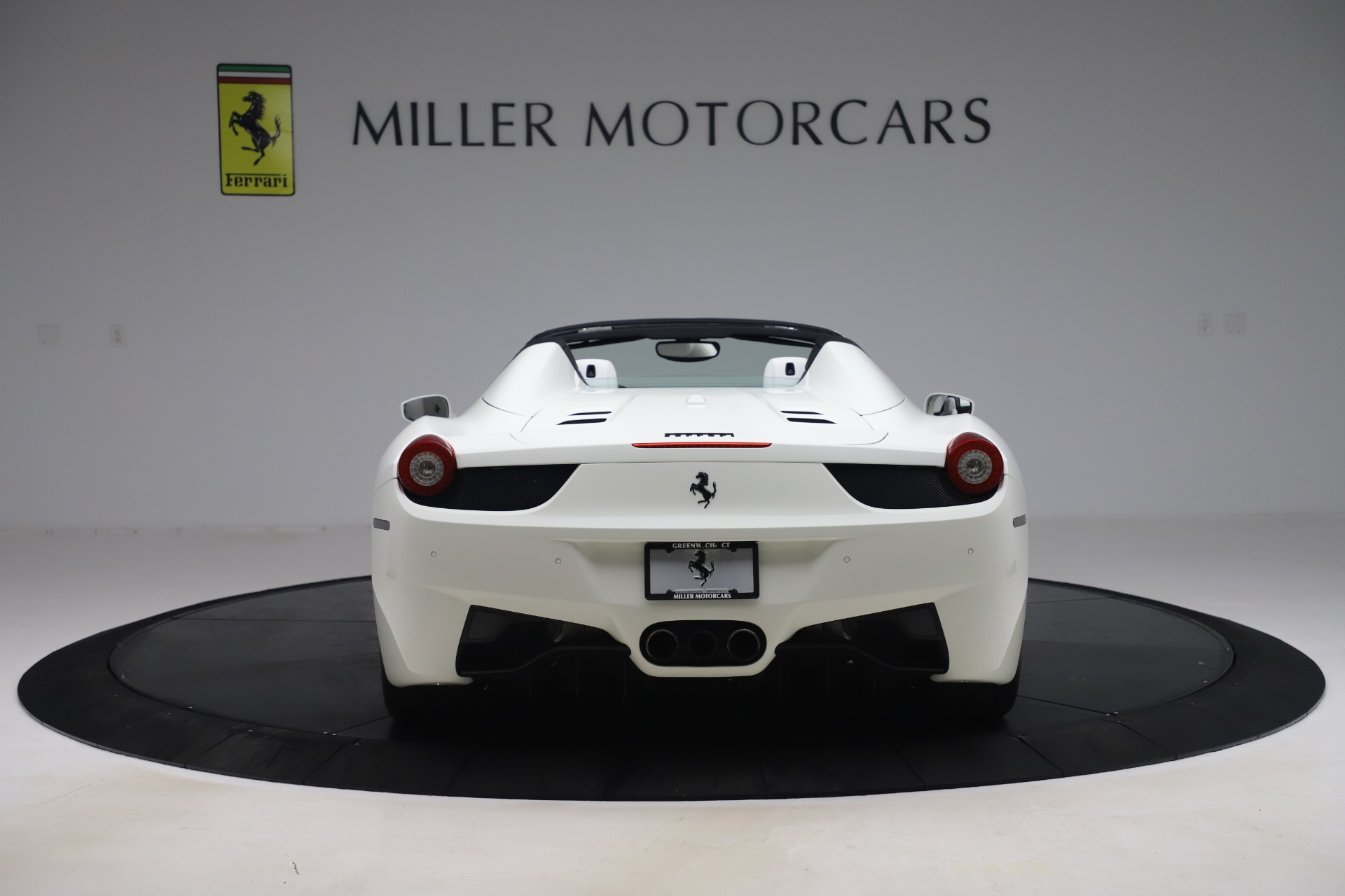 Used 2015 Ferrari 458 Spider  For Sale In Greenwich, CT. Alfa Romeo of Greenwich, 4540 2979_p6