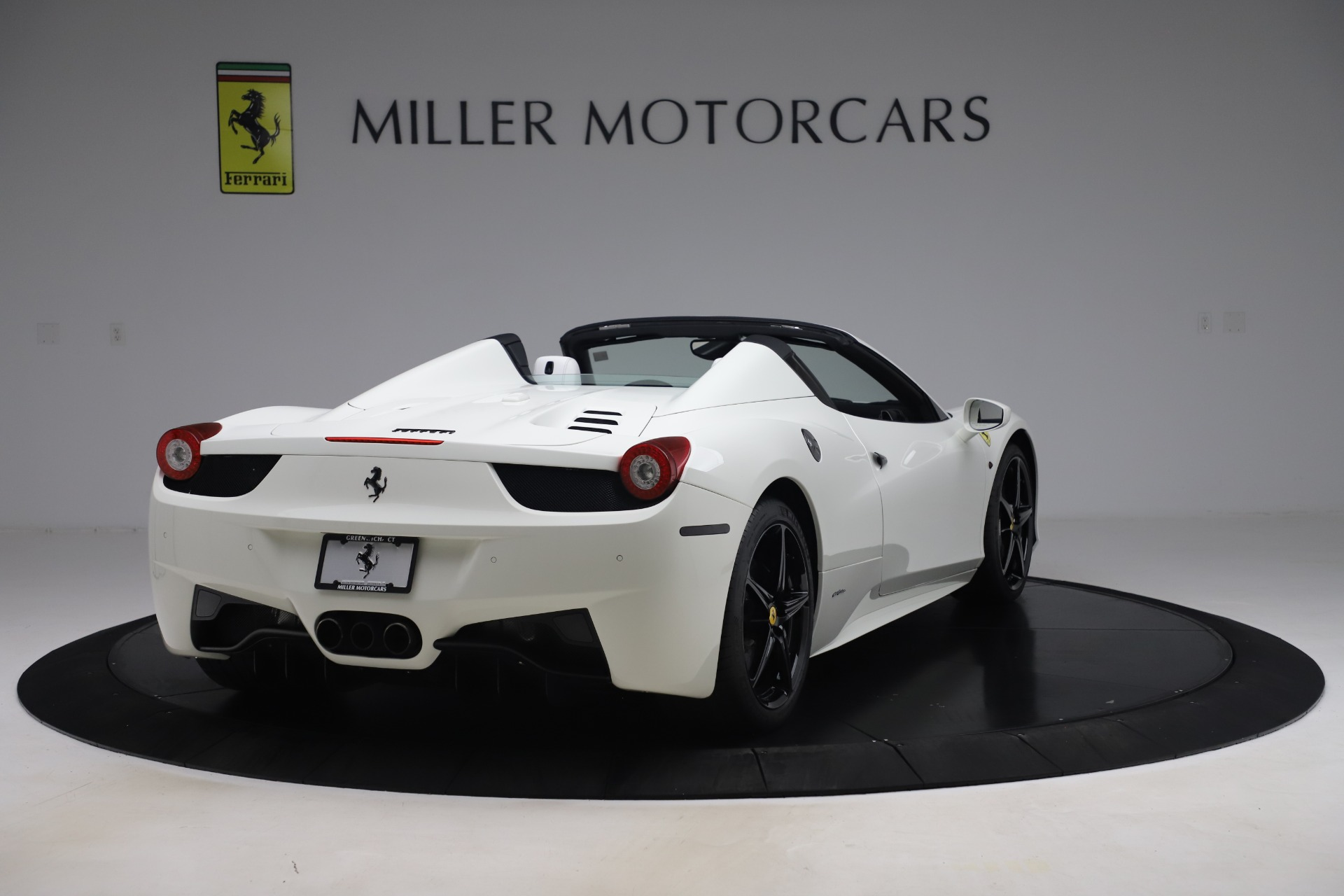 Used 2015 Ferrari 458 Spider  For Sale In Greenwich, CT. Alfa Romeo of Greenwich, 4540 2979_p7