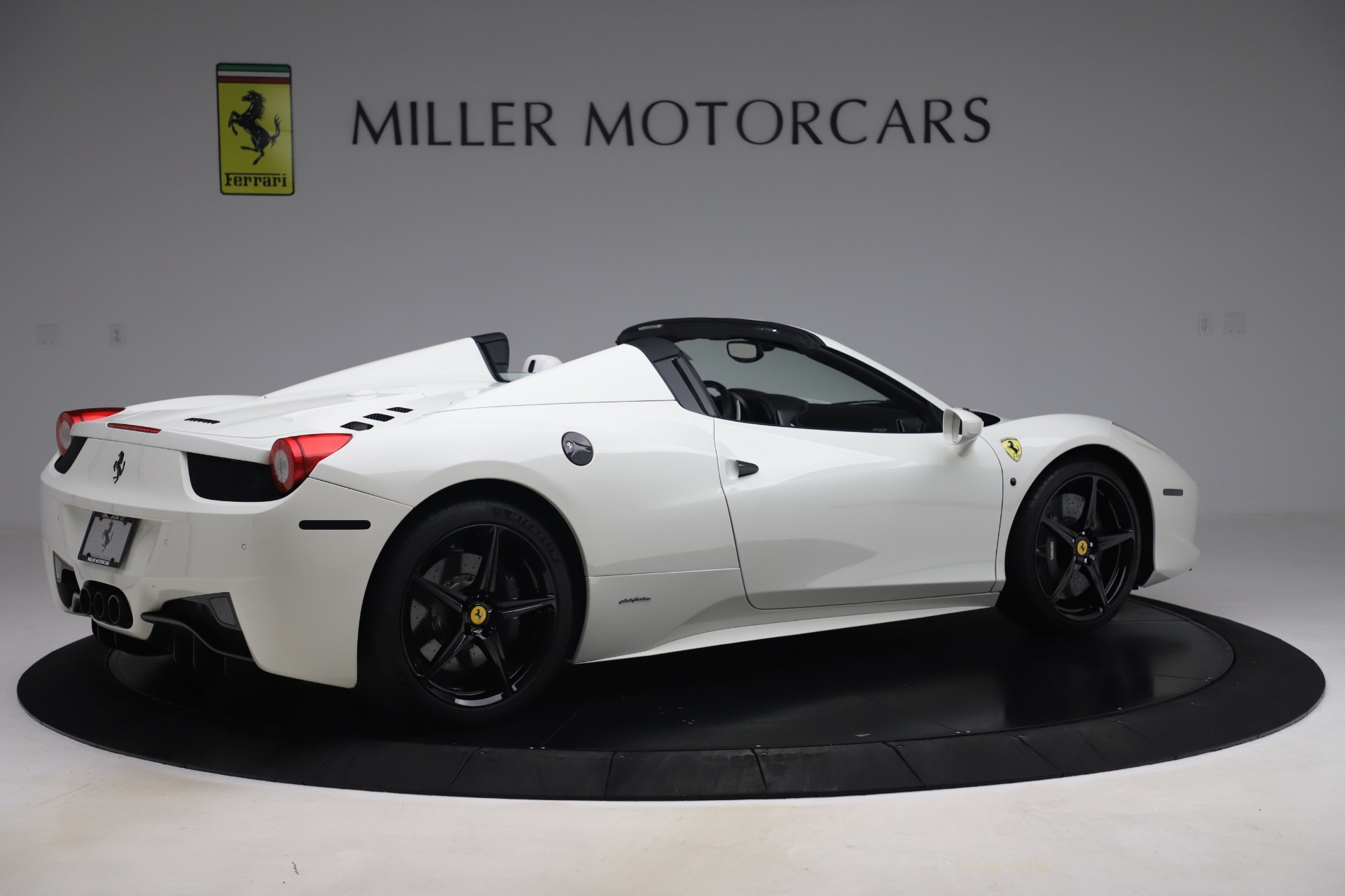 Used 2015 Ferrari 458 Spider  For Sale In Greenwich, CT. Alfa Romeo of Greenwich, 4540 2979_p8