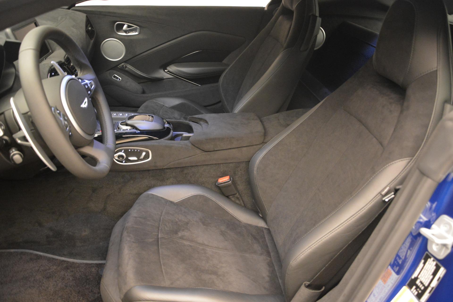 Used 2019 Aston Martin Vantage Coupe For Sale In Greenwich, CT. Alfa Romeo of Greenwich, A1353B 2981_p13
