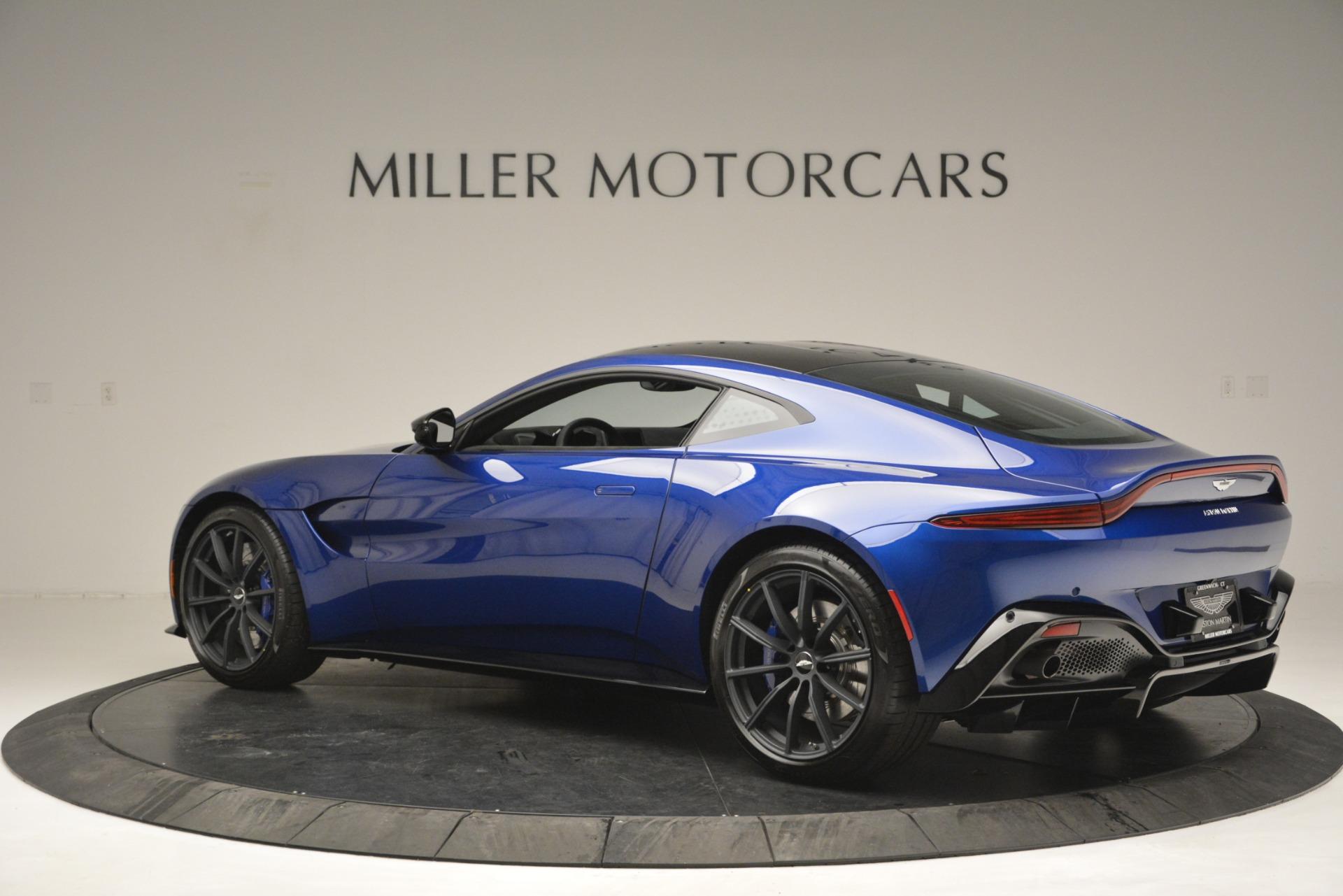 Used 2019 Aston Martin Vantage Coupe For Sale In Greenwich, CT. Alfa Romeo of Greenwich, A1353B 2981_p4