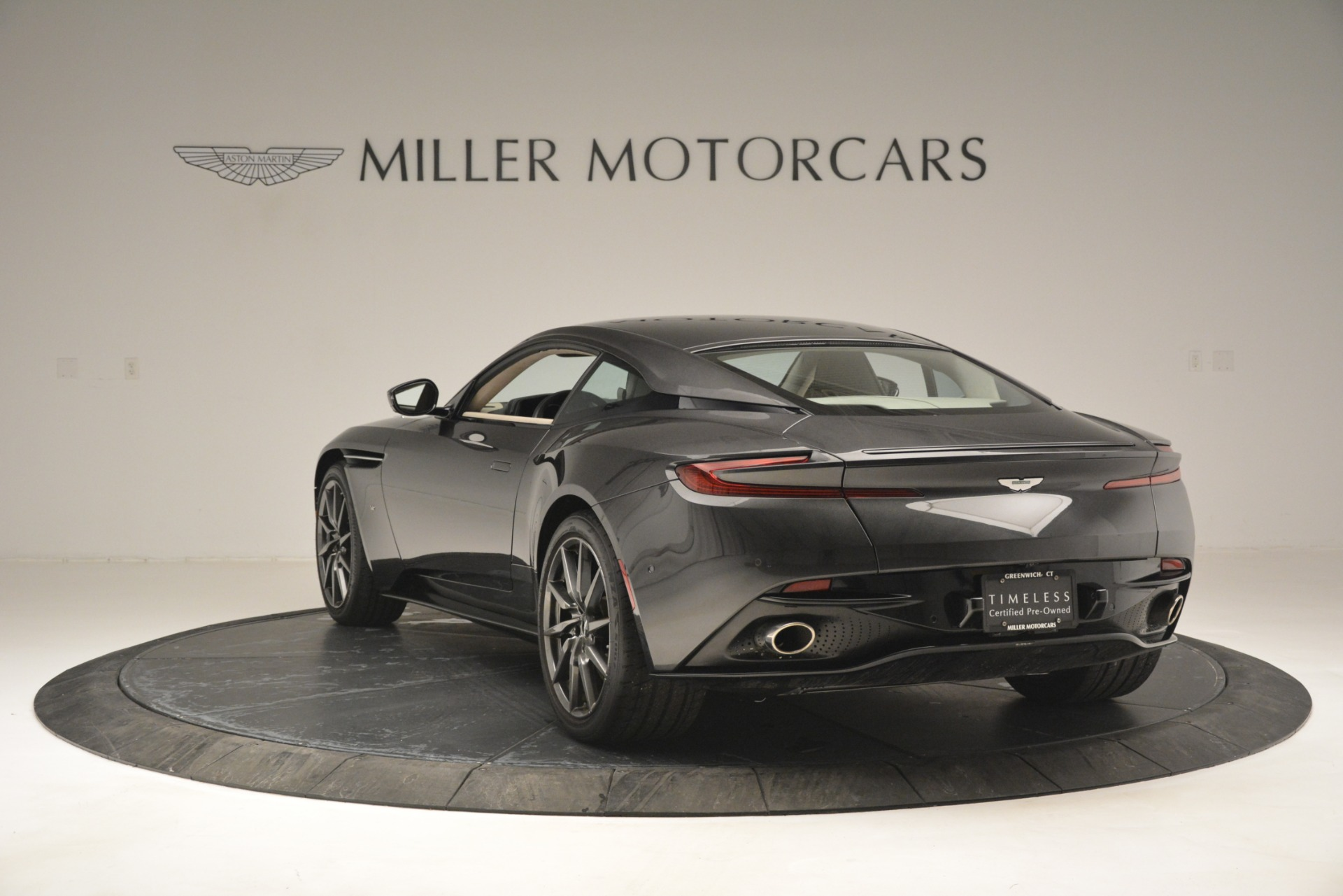 Used 2017 Aston Martin DB11 V12 Coupe For Sale In Greenwich, CT. Alfa Romeo of Greenwich, 7500 2988_p5