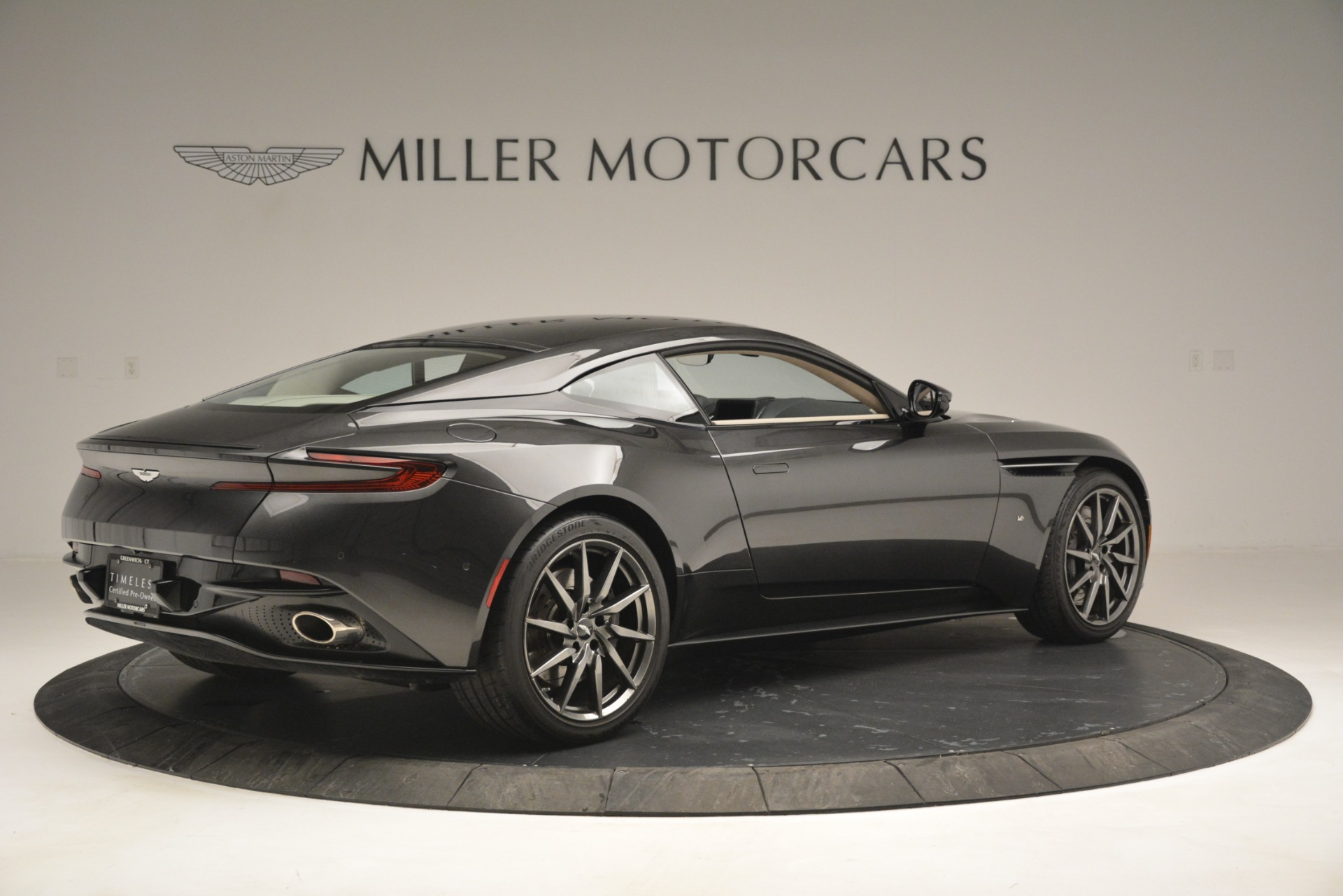 Used 2017 Aston Martin DB11 V12 Coupe For Sale In Greenwich, CT. Alfa Romeo of Greenwich, 7500 2988_p8