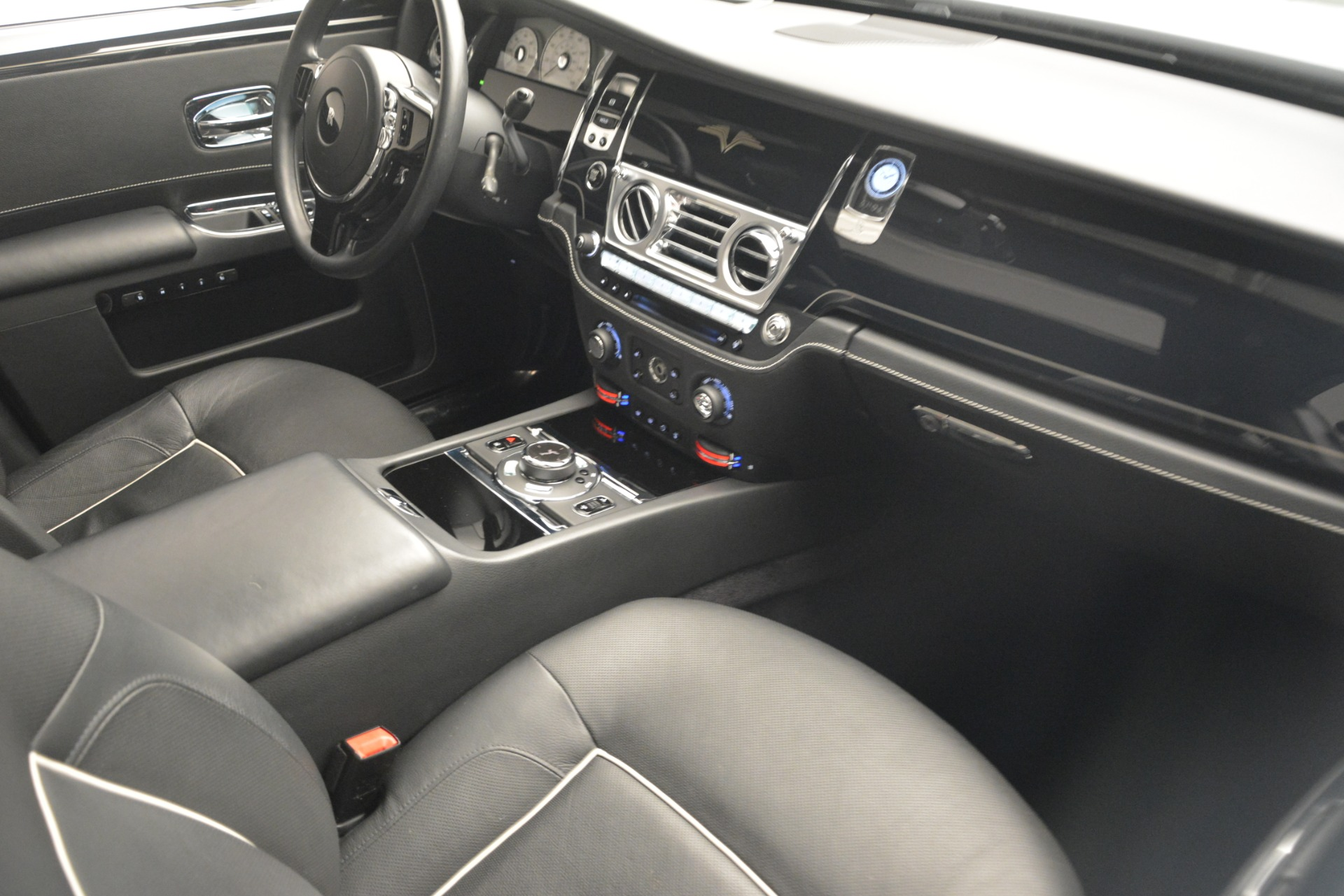 Used 2014 Rolls-Royce Ghost V-Spec For Sale In Greenwich, CT. Alfa Romeo of Greenwich, 7509 2989_p29