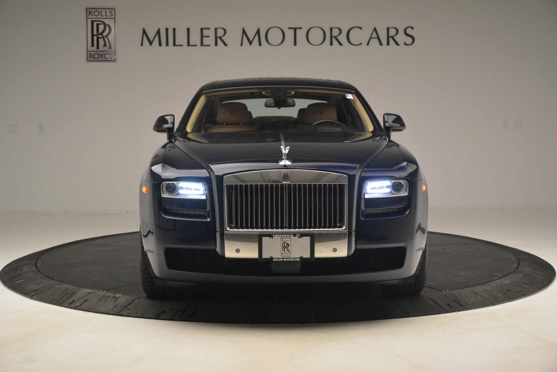 Used 2014 Rolls-Royce Ghost  For Sale In Greenwich, CT. Alfa Romeo of Greenwich, 7508 2990_p12