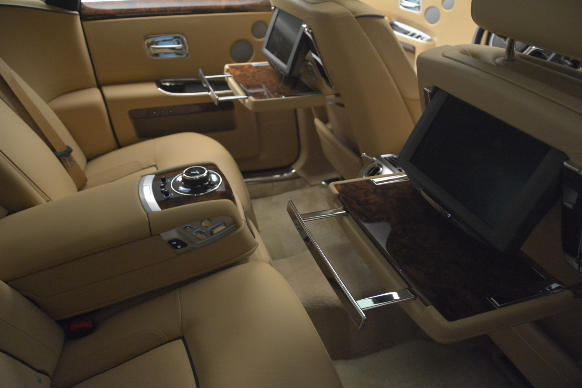 Used 2014 Rolls-Royce Ghost  For Sale In Greenwich, CT. Alfa Romeo of Greenwich, 7508 2990_p22
