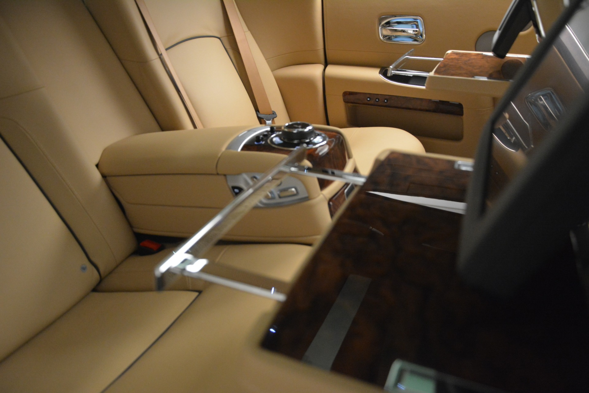 Used 2014 Rolls-Royce Ghost  For Sale In Greenwich, CT. Alfa Romeo of Greenwich, 7508 2990_p24