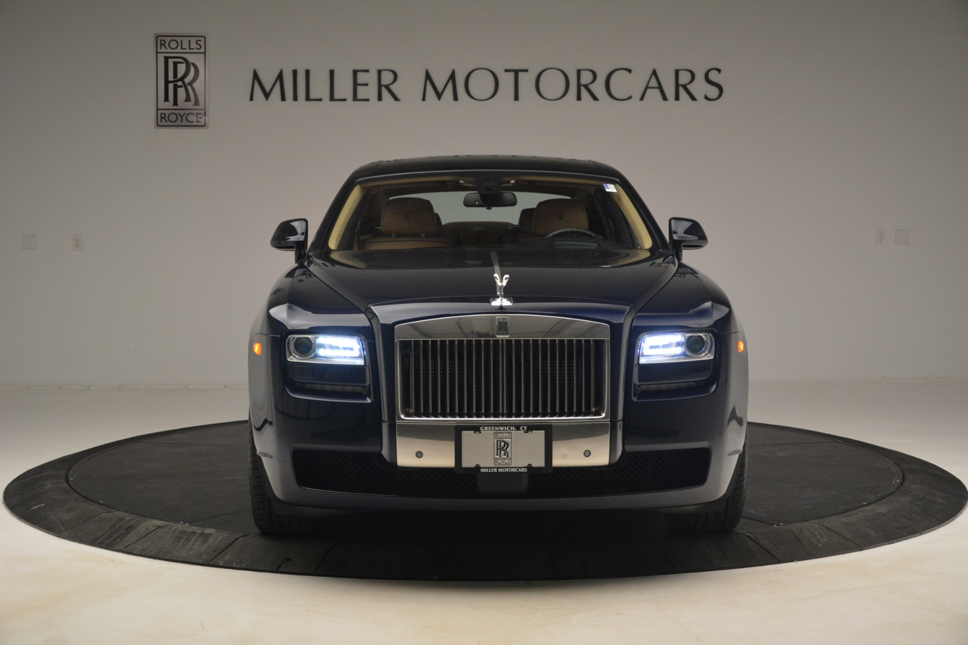 Used 2014 Rolls-Royce Ghost  For Sale In Greenwich, CT. Alfa Romeo of Greenwich, 7508 2990_p2