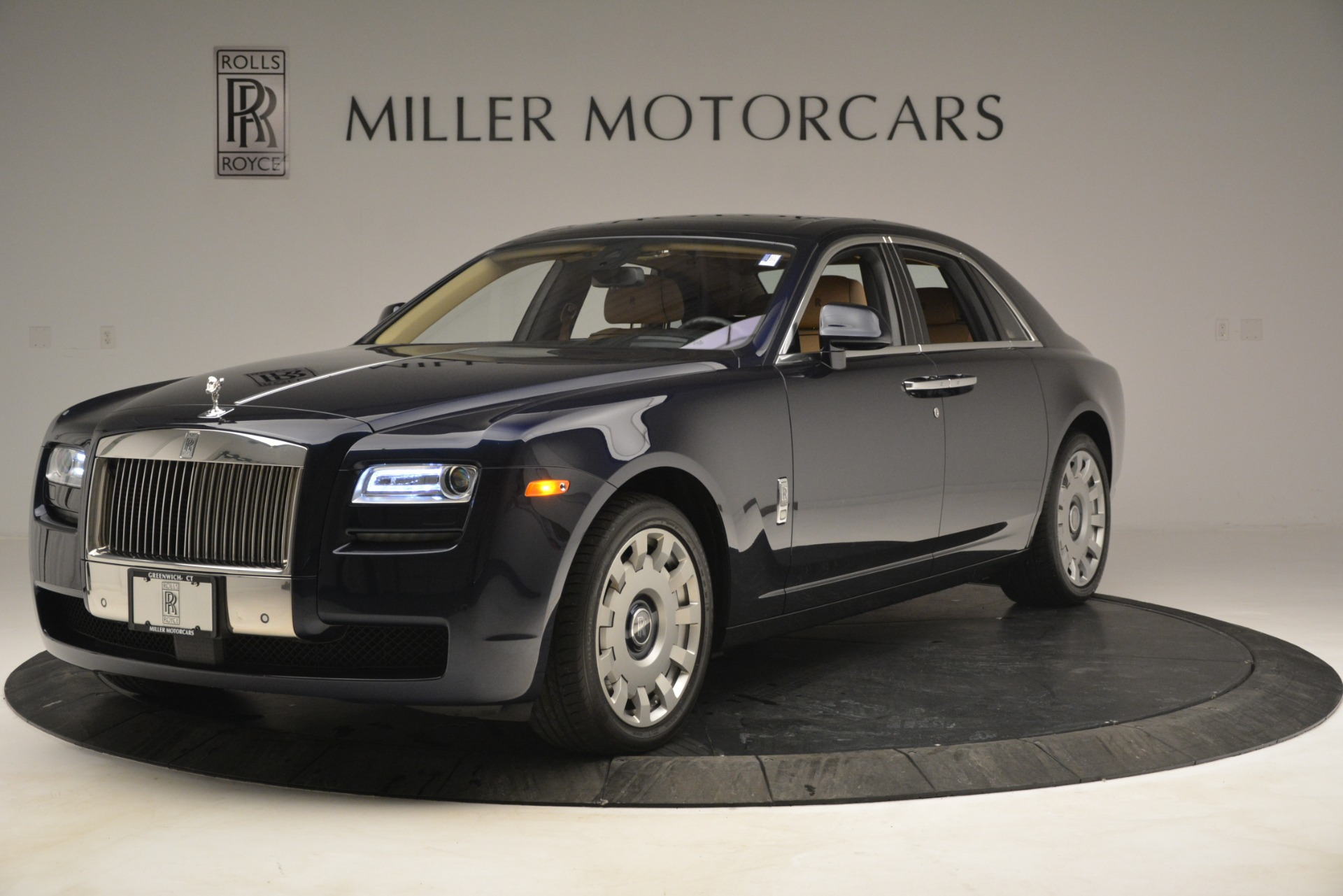 Used 2014 Rolls-Royce Ghost  For Sale In Greenwich, CT. Alfa Romeo of Greenwich, 7508 2990_p3