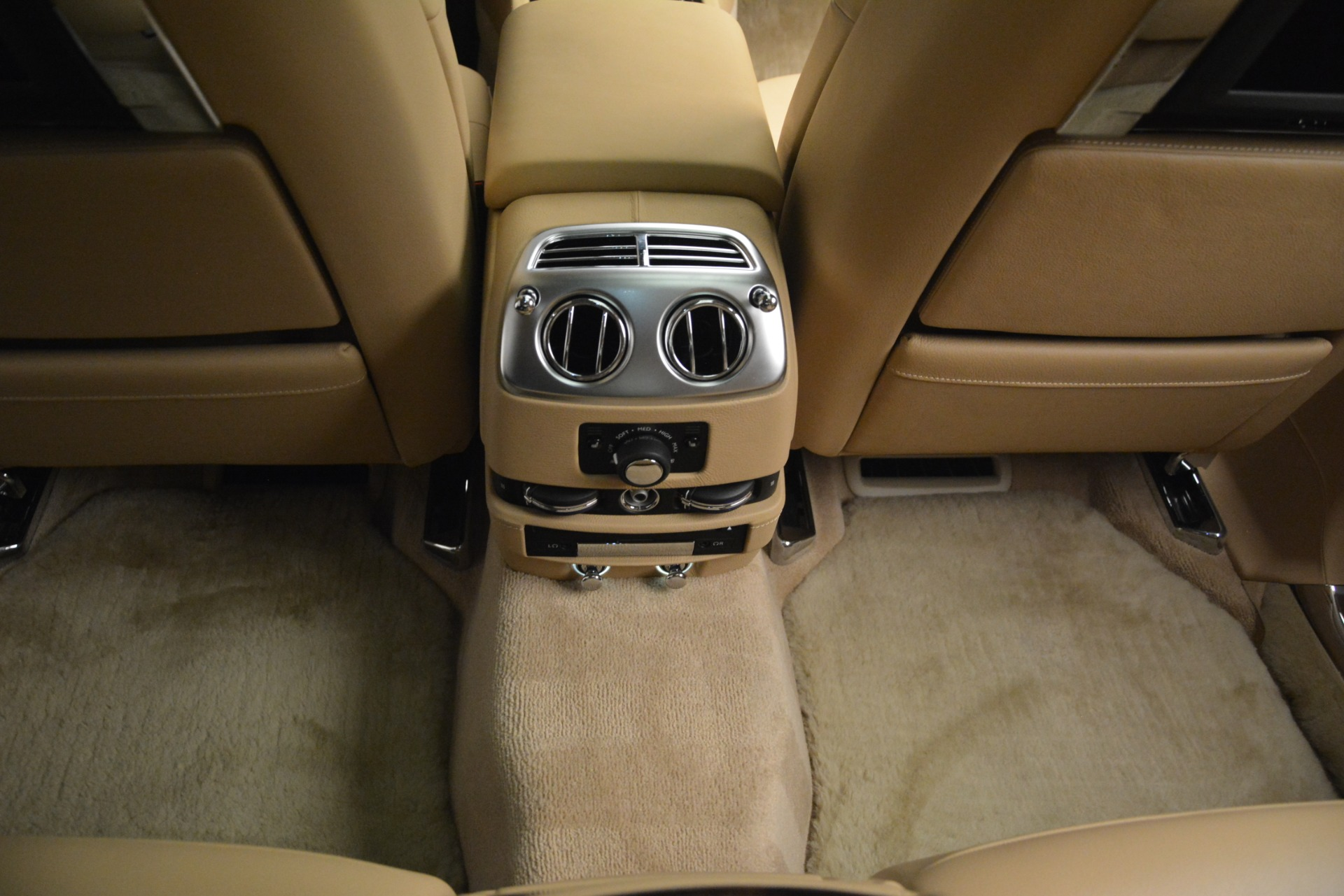 Used 2014 Rolls-Royce Ghost  For Sale In Greenwich, CT. Alfa Romeo of Greenwich, 7508 2990_p40