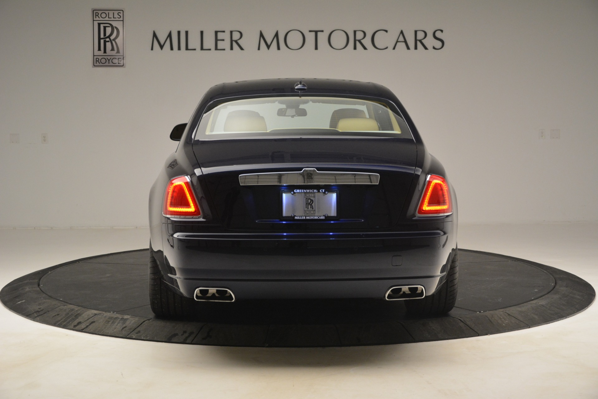 Used 2014 Rolls-Royce Ghost  For Sale In Greenwich, CT. Alfa Romeo of Greenwich, 7508 2990_p6