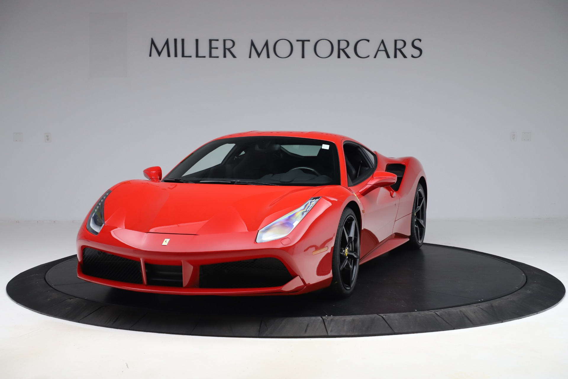 Used 2018 Ferrari 488 GTB  For Sale In Greenwich, CT. Alfa Romeo of Greenwich, F1955 2991_main
