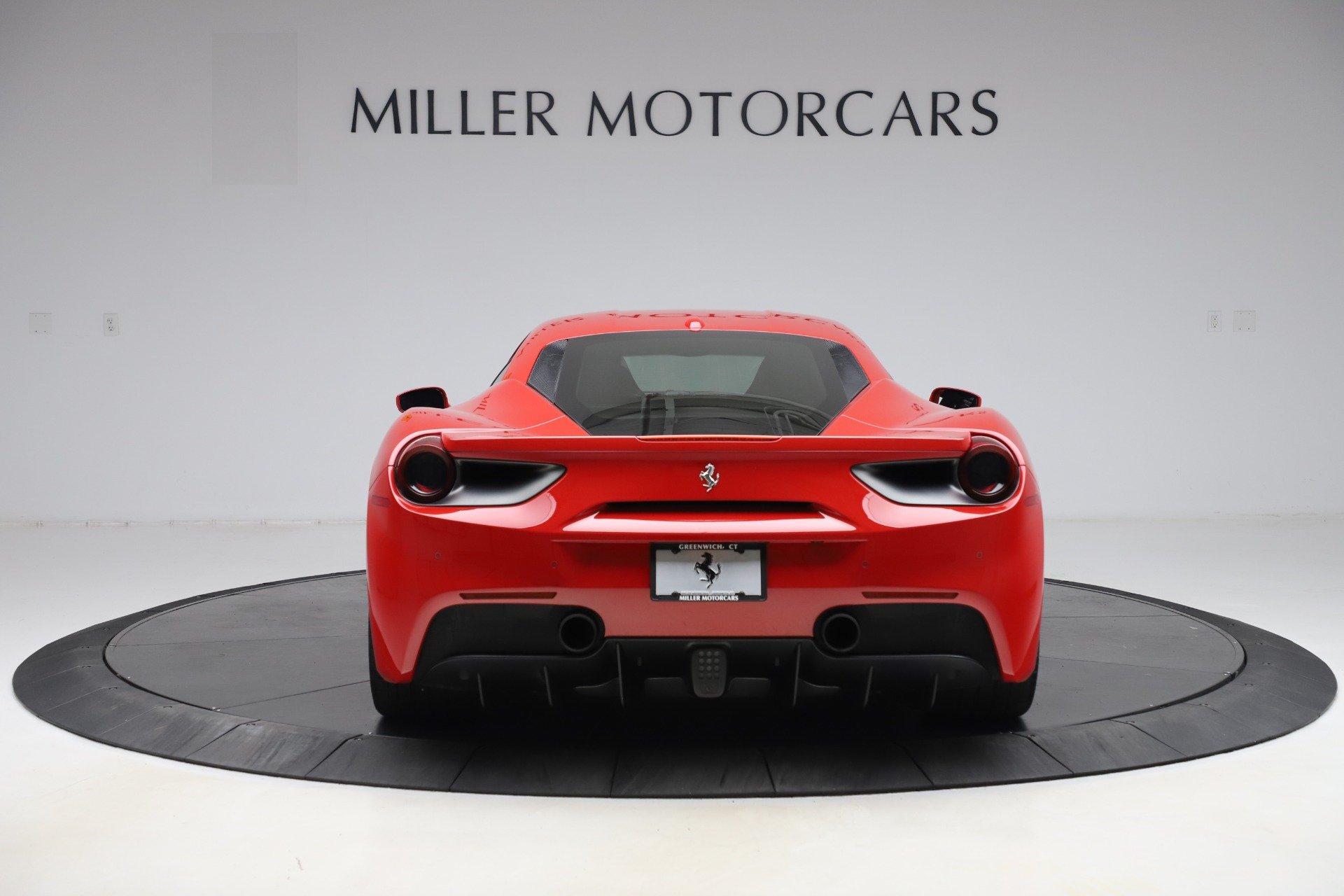 Used 2018 Ferrari 488 GTB  For Sale In Greenwich, CT. Alfa Romeo of Greenwich, F1955 2991_p6