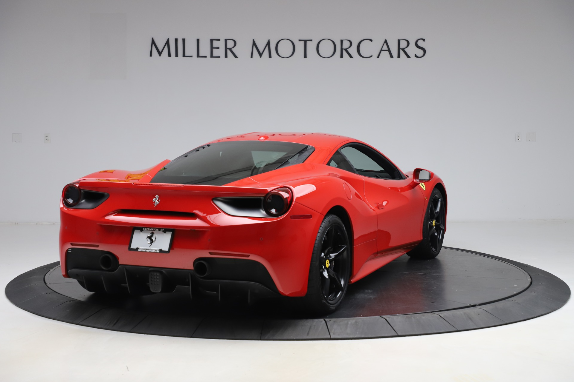 Used 2018 Ferrari 488 GTB  For Sale In Greenwich, CT. Alfa Romeo of Greenwich, F1955 2991_p7