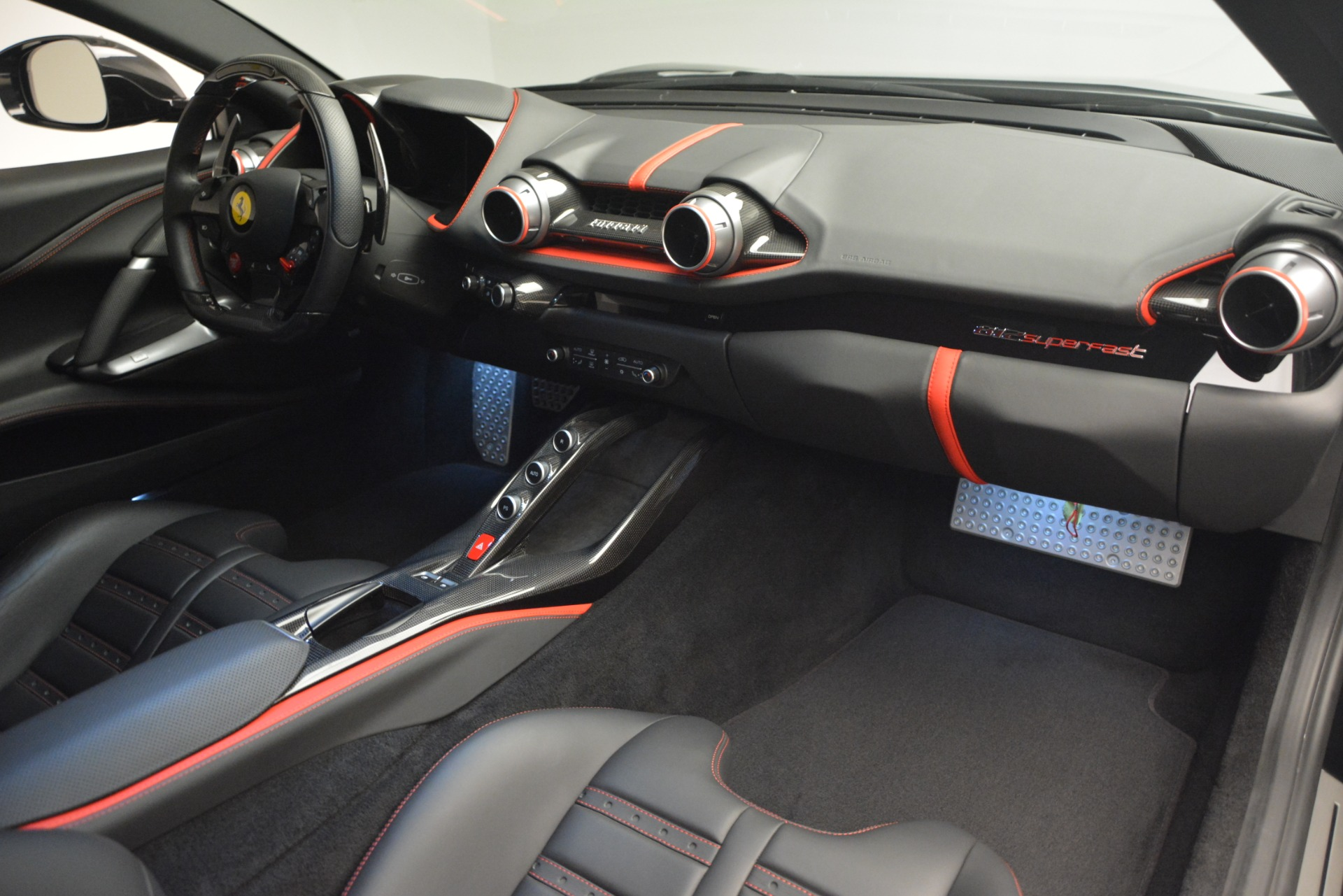 Used 2018 Ferrari 812 Superfast  For Sale In Greenwich, CT. Alfa Romeo of Greenwich, 4559 2992_p17