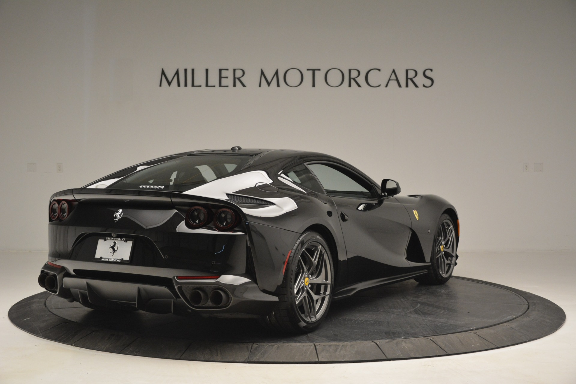 Used 2018 Ferrari 812 Superfast  For Sale In Greenwich, CT. Alfa Romeo of Greenwich, 4559 2992_p7
