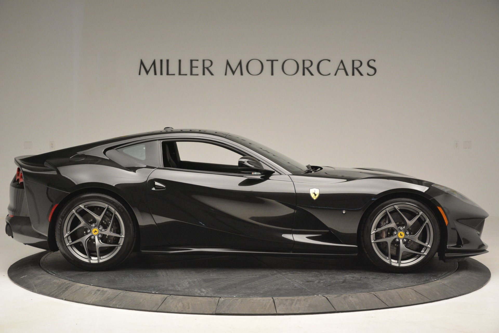 Used 2018 Ferrari 812 Superfast  For Sale In Greenwich, CT. Alfa Romeo of Greenwich, 4559 2992_p9
