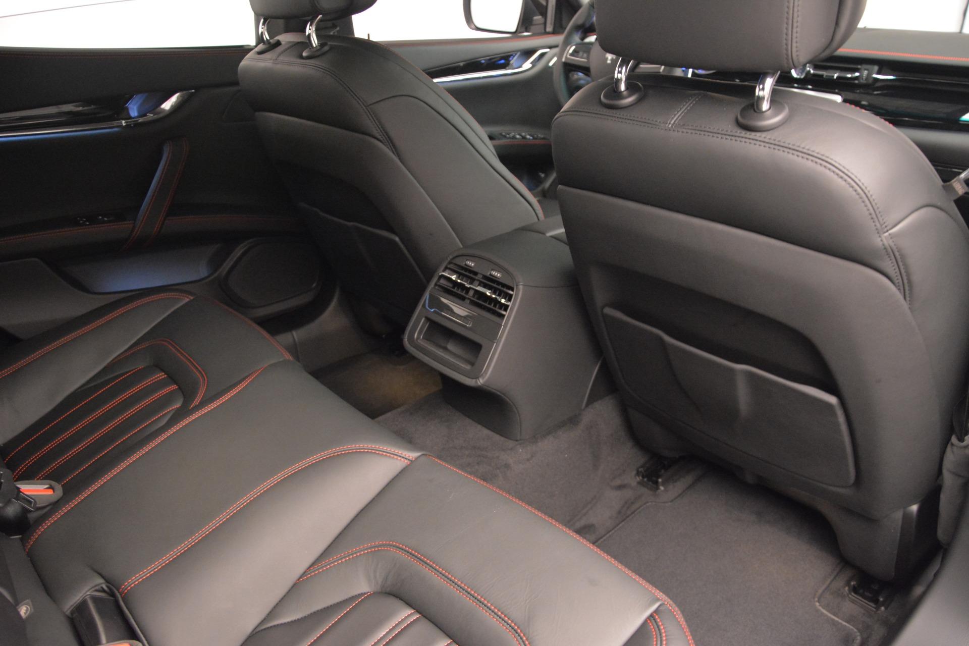 Used 2015 Maserati Quattroporte GTS For Sale In Greenwich, CT. Alfa Romeo of Greenwich, R482A 2993_p22