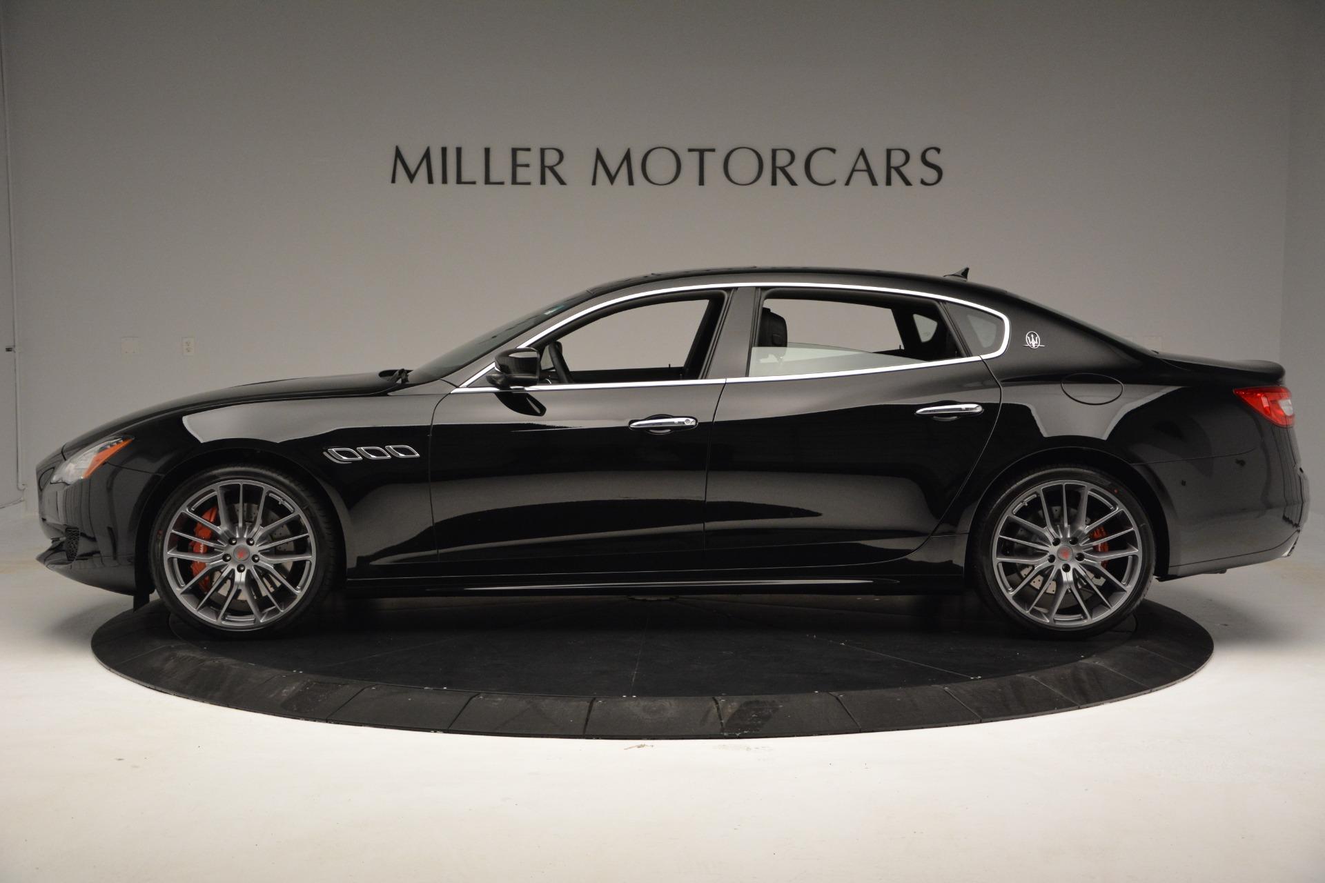 Used 2015 Maserati Quattroporte GTS For Sale In Greenwich, CT. Alfa Romeo of Greenwich, R482A 2993_p3