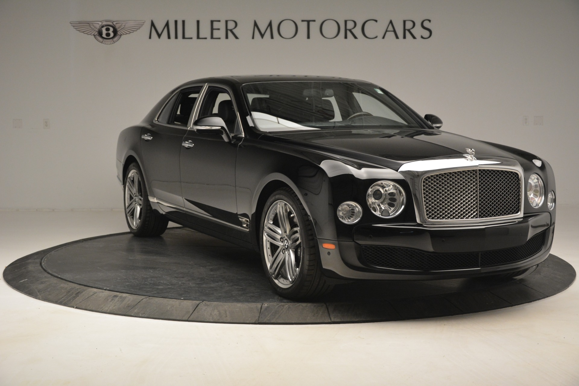 Used 2013 Bentley Mulsanne Le Mans Edition For Sale In Greenwich, CT. Alfa Romeo of Greenwich, 7506 2995_p11