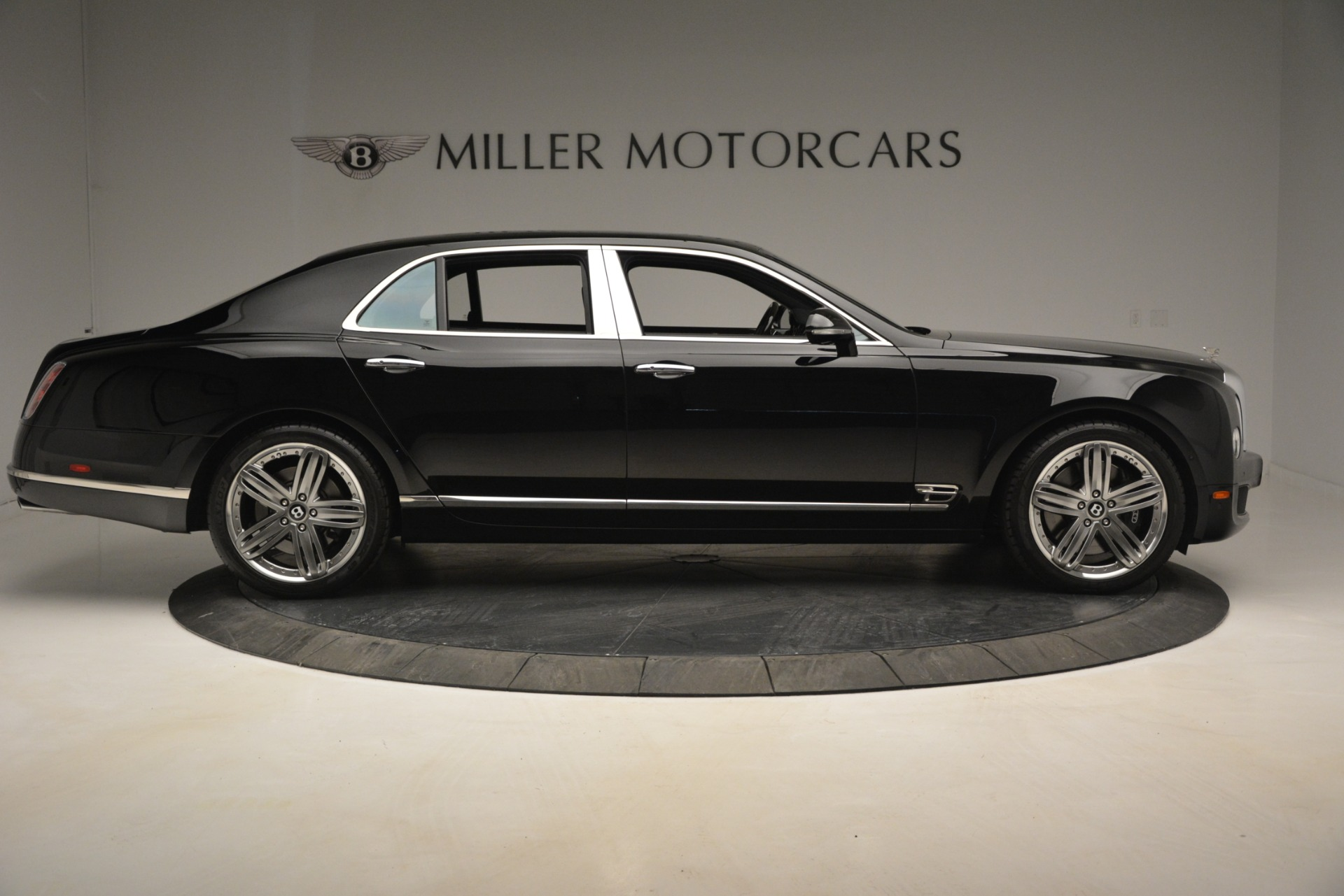 Used 2013 Bentley Mulsanne Le Mans Edition For Sale In Greenwich, CT. Alfa Romeo of Greenwich, 7506 2995_p9