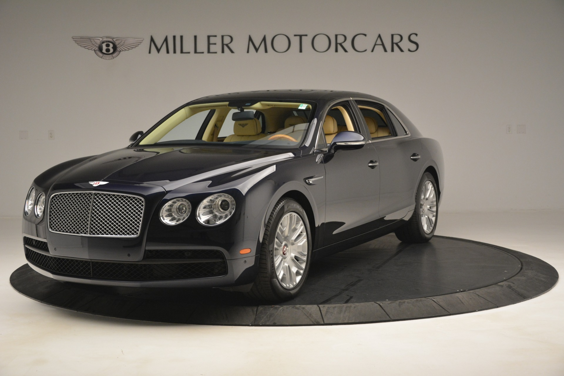 Used 2015 Bentley Flying Spur V8 For Sale In Greenwich, CT. Alfa Romeo of Greenwich, 7499 2997_main