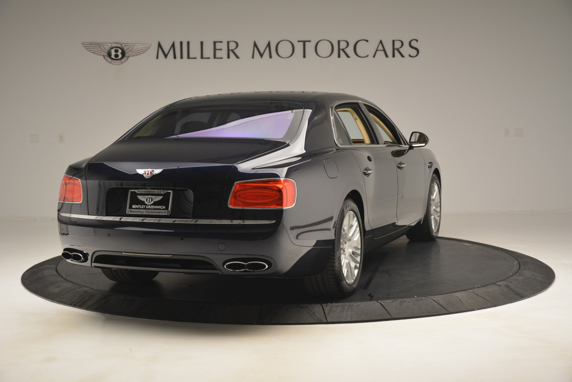 Used 2015 Bentley Flying Spur V8 For Sale In Greenwich, CT. Alfa Romeo of Greenwich, 7499 2997_p6
