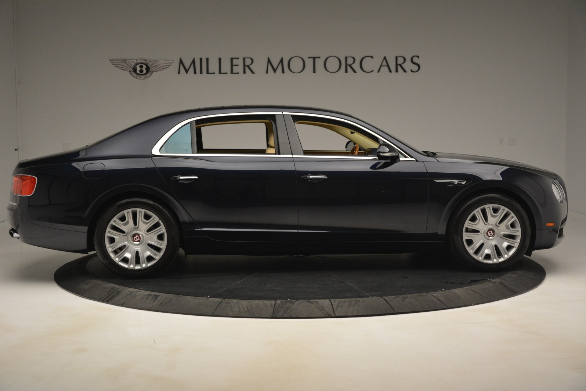 Used 2015 Bentley Flying Spur V8 For Sale In Greenwich, CT. Alfa Romeo of Greenwich, 7499 2997_p8
