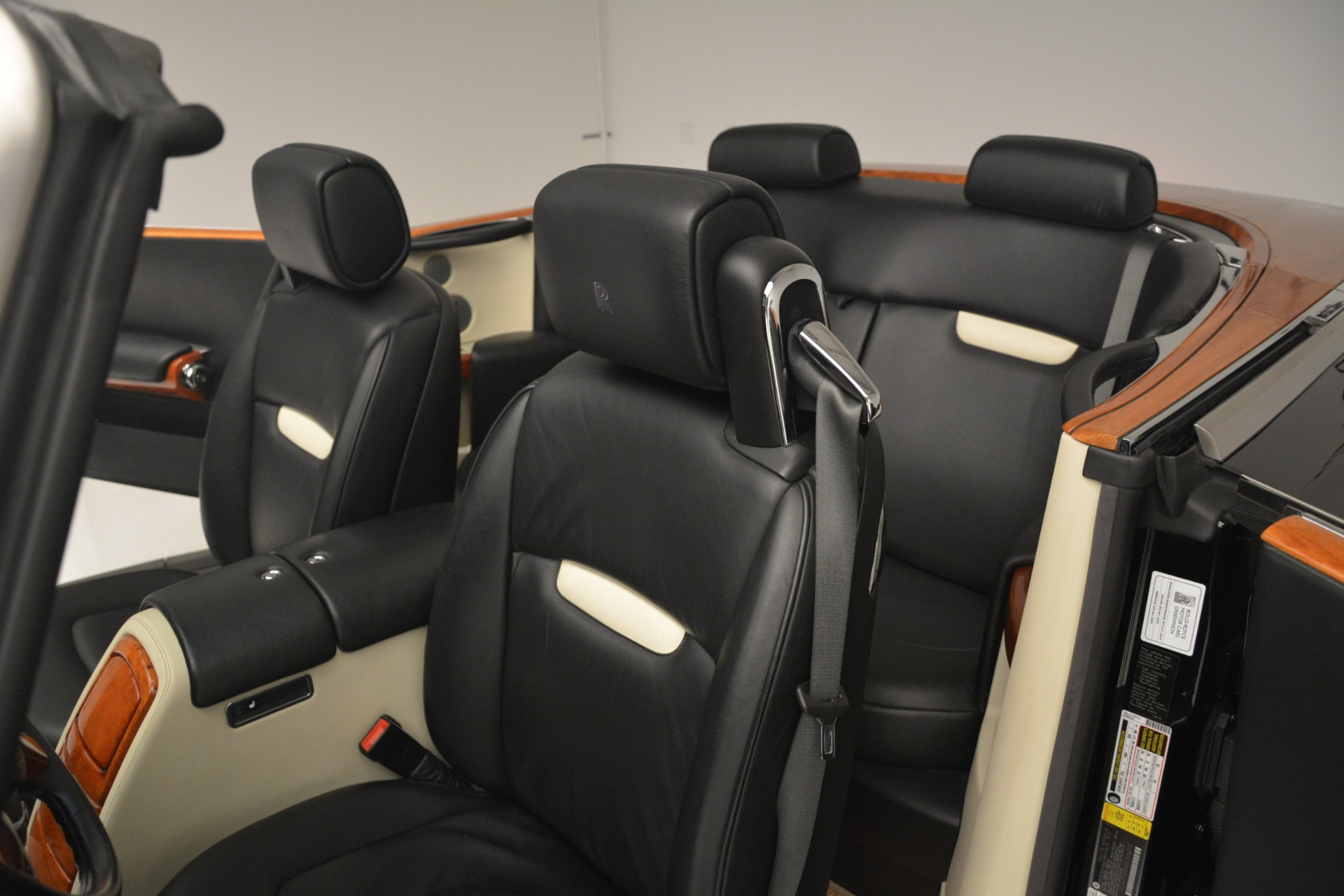 Used 2008 Rolls-Royce Phantom Drophead Coupe  For Sale $155900 In Greenwich, CT 3000_p19