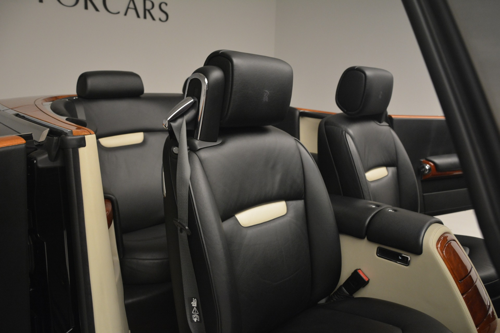 Used 2008 Rolls-Royce Phantom Drophead Coupe  For Sale In Greenwich, CT. Alfa Romeo of Greenwich, B1384A 3000_p21
